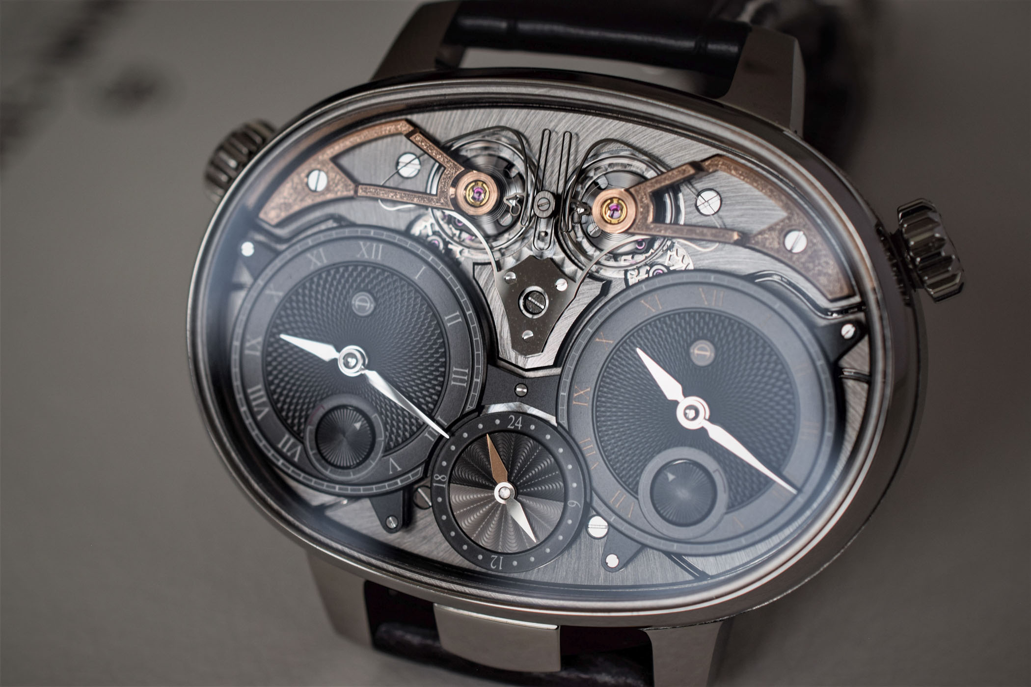 Armin Strom Masterpiece 1 Dual Time Resonance
