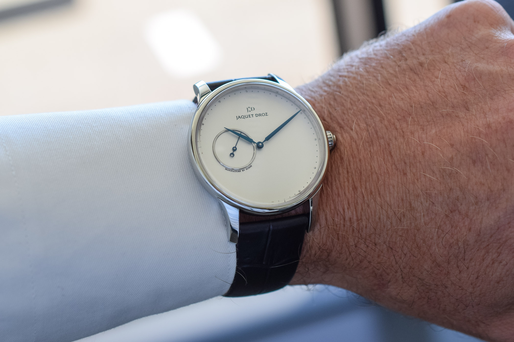 Hands-on - Jaquet Droz Grande Heure Minute Steel (Specs & Price)