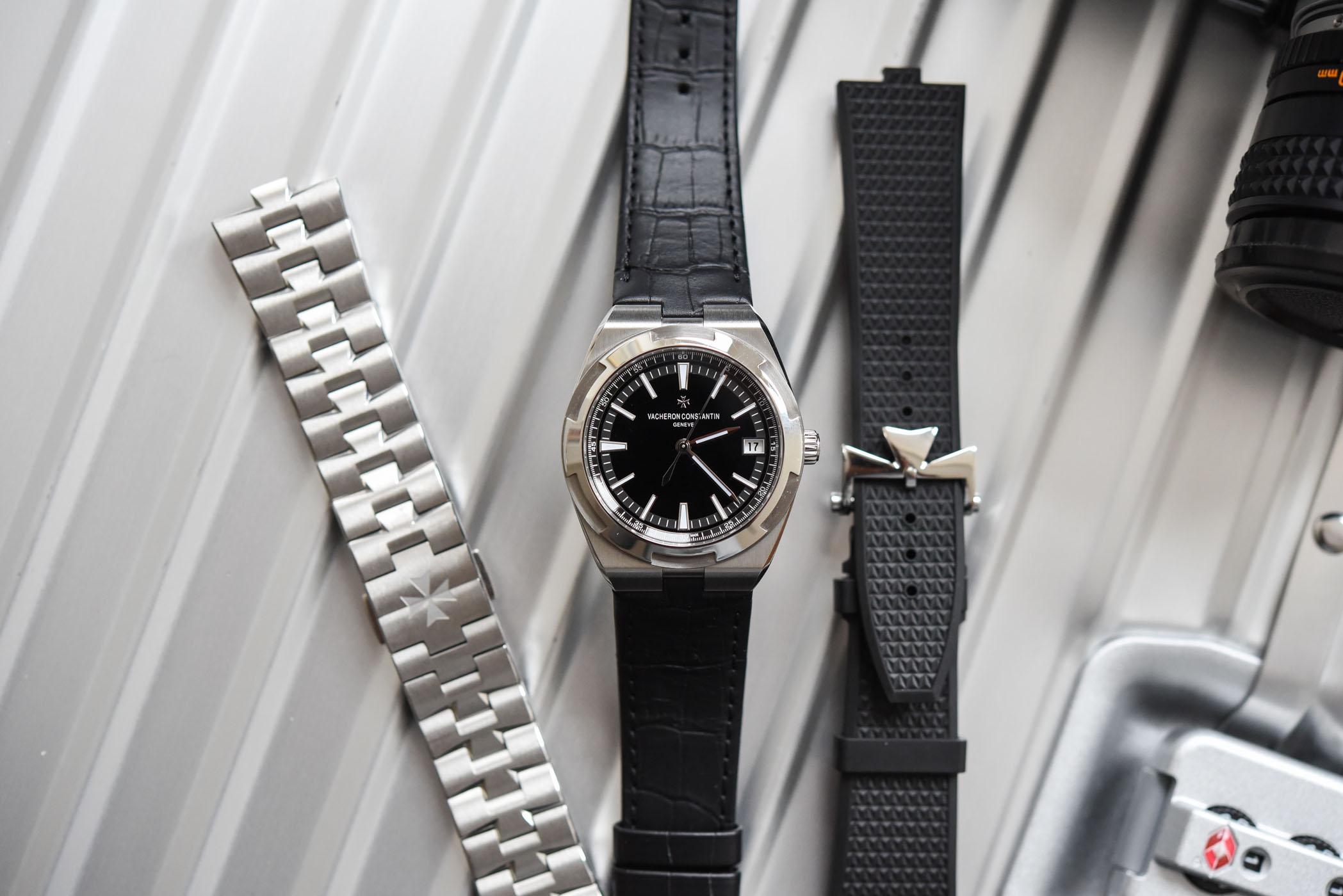 Vacheron Constantin Overseas Automatic 4500V black dial