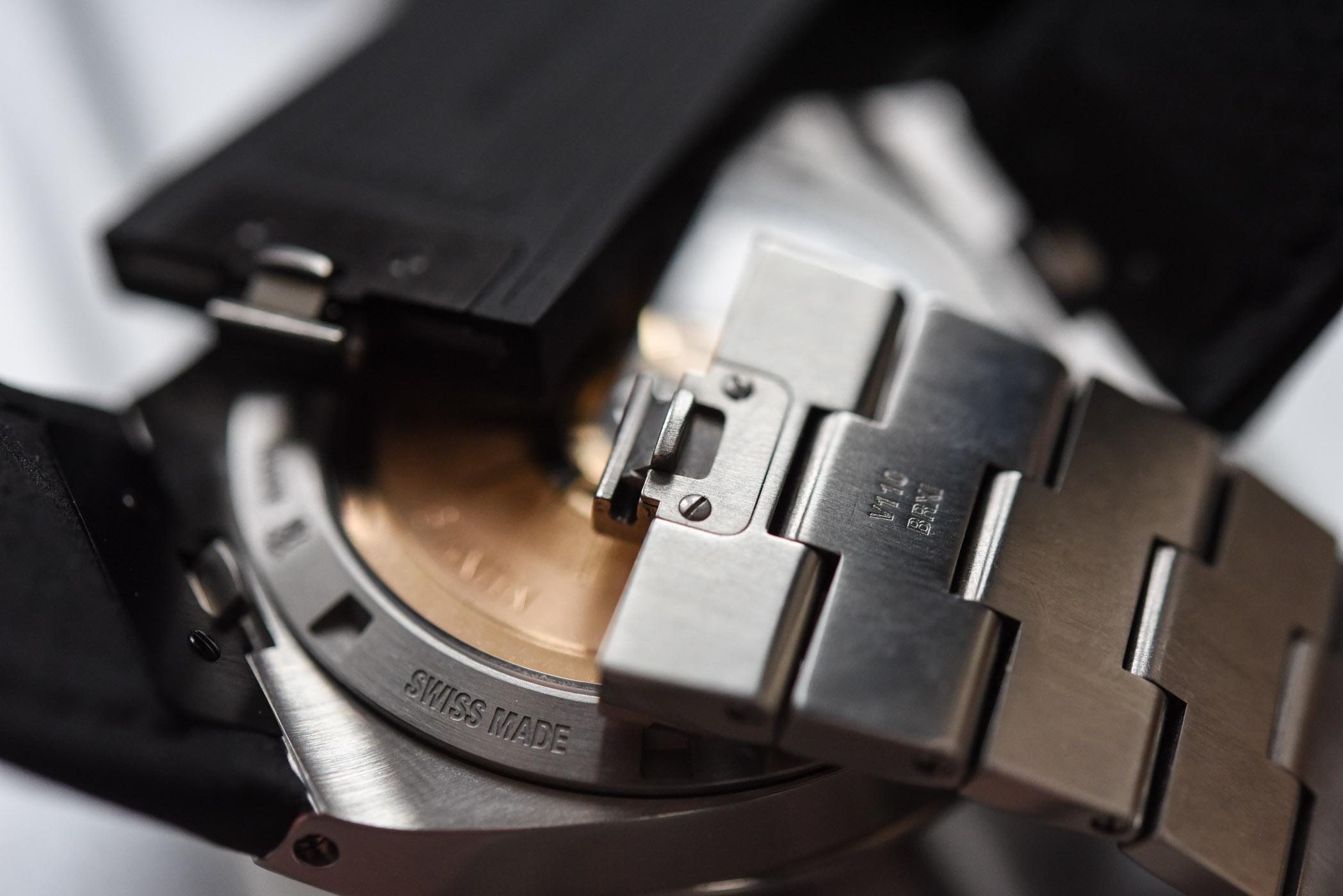 Vacheron Constantin Overseas Automatic 4500V black dial - 24