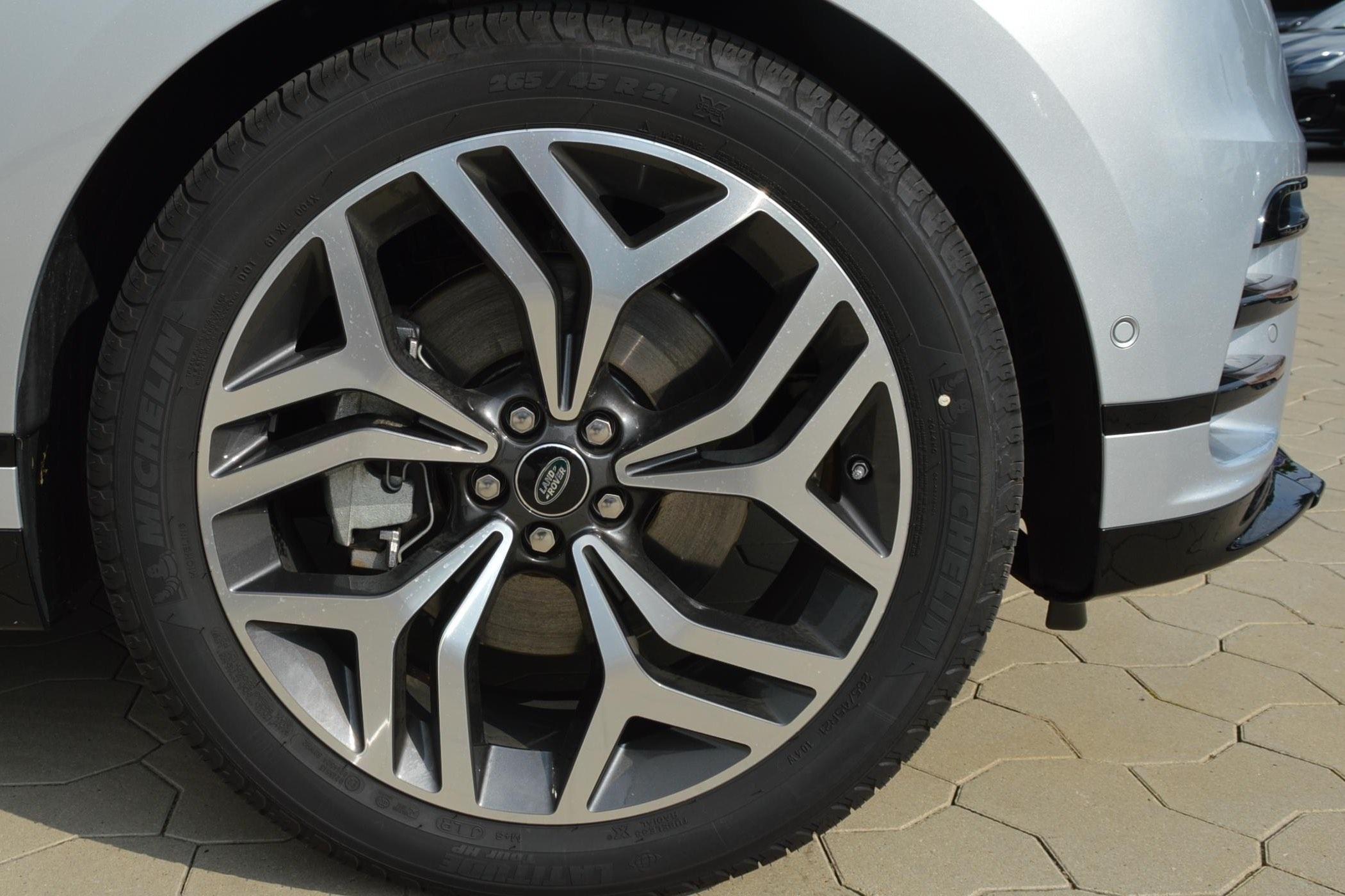 Range Rover 5047 rims