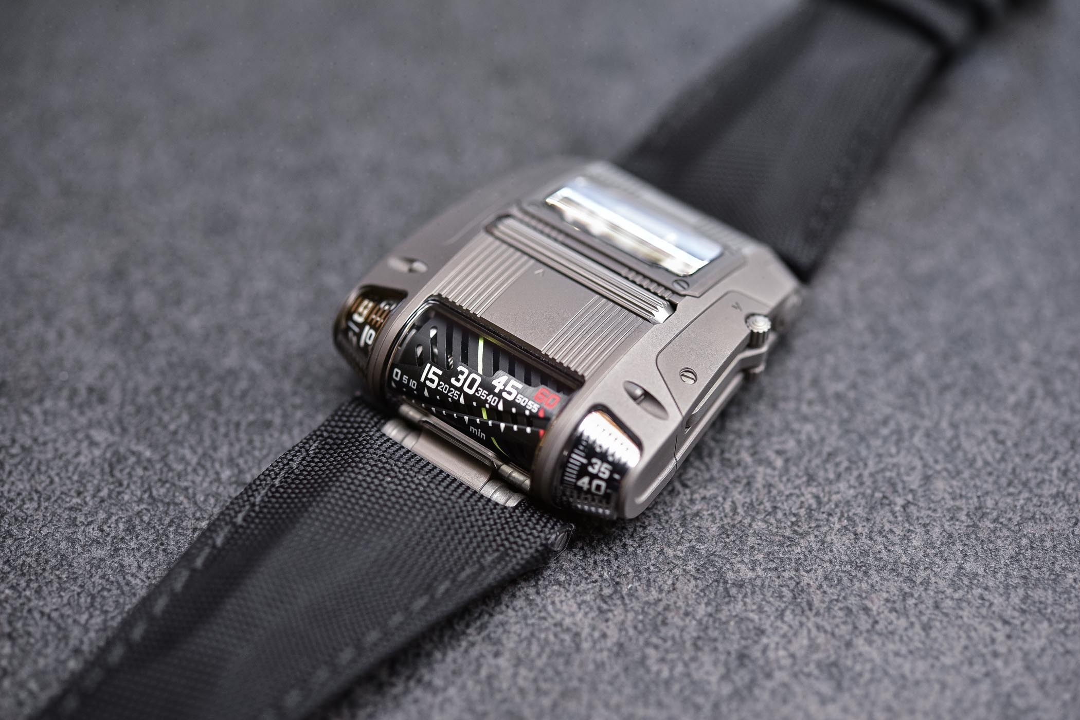 Urwerk UR-111C - Review - 10