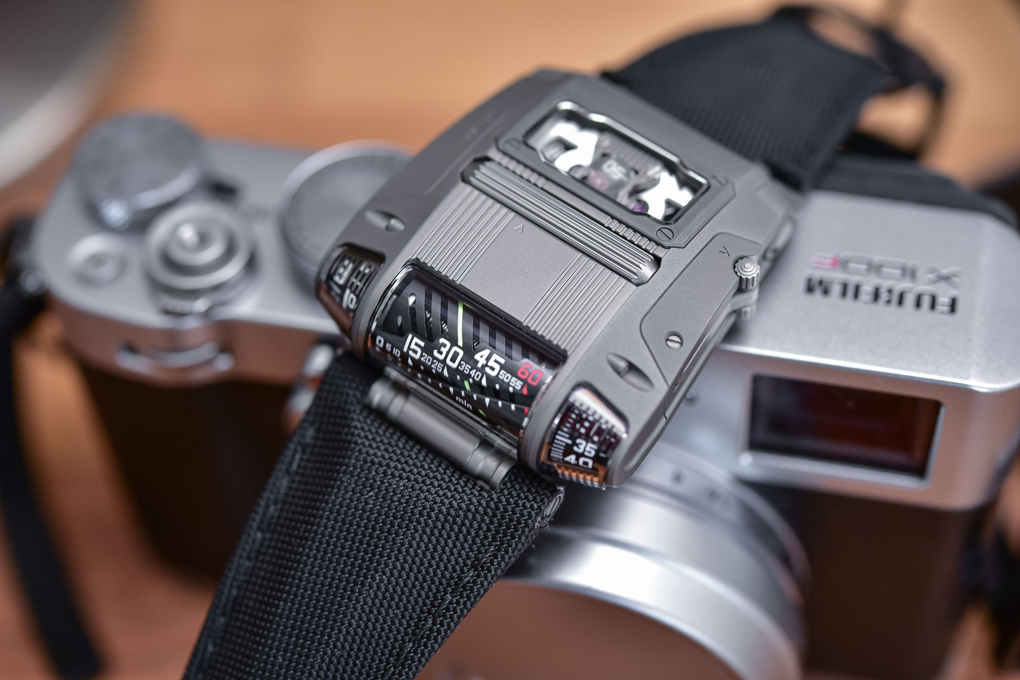 Urwerk UR-111C - Review - 11