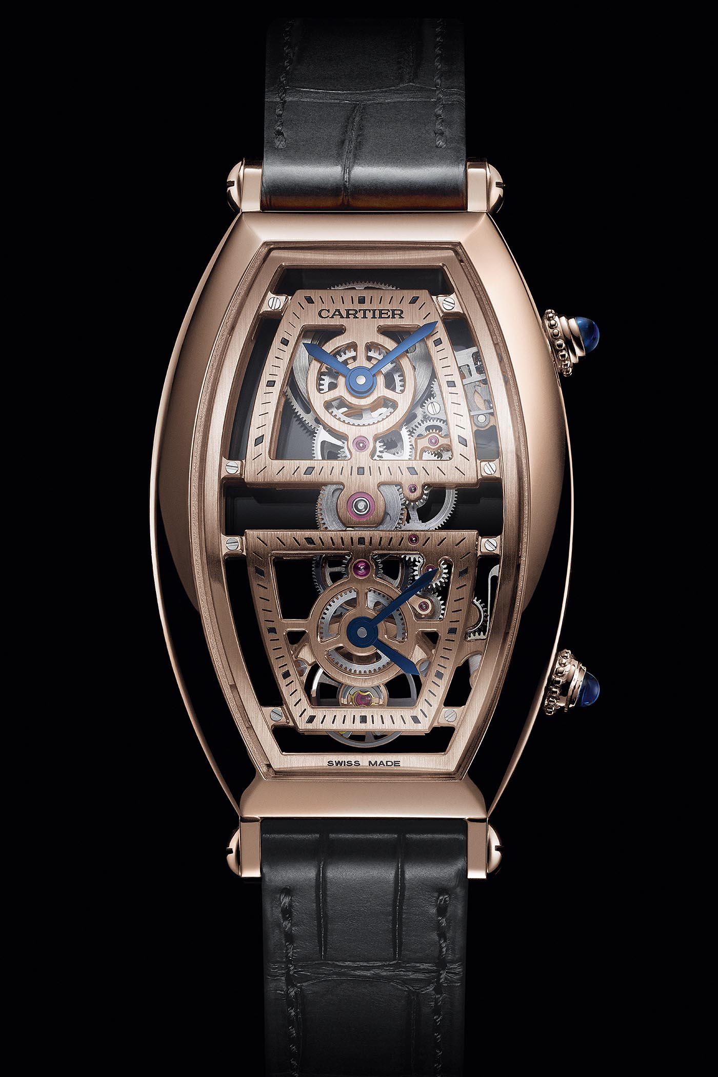 5cfbdeea0db22 Pre-SIHH 2019 - Cartier Prive Collection, The Comaback of the Cartier  Tonneau