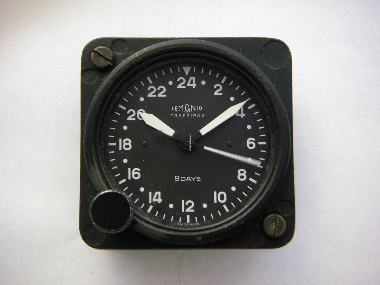 Vintage aircraft clocks - 3