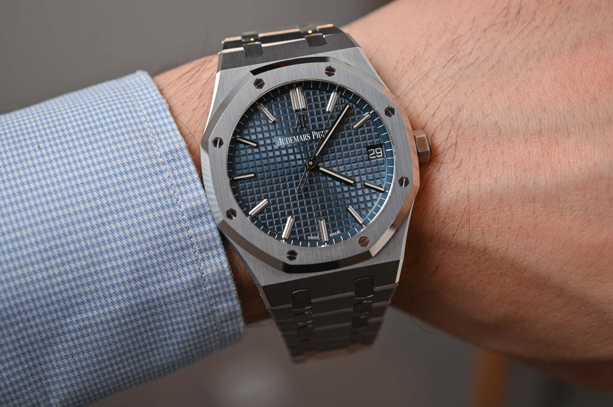 Hands On Review Audemars Piguet Royal Oak Selfwinding 41mm 15500st