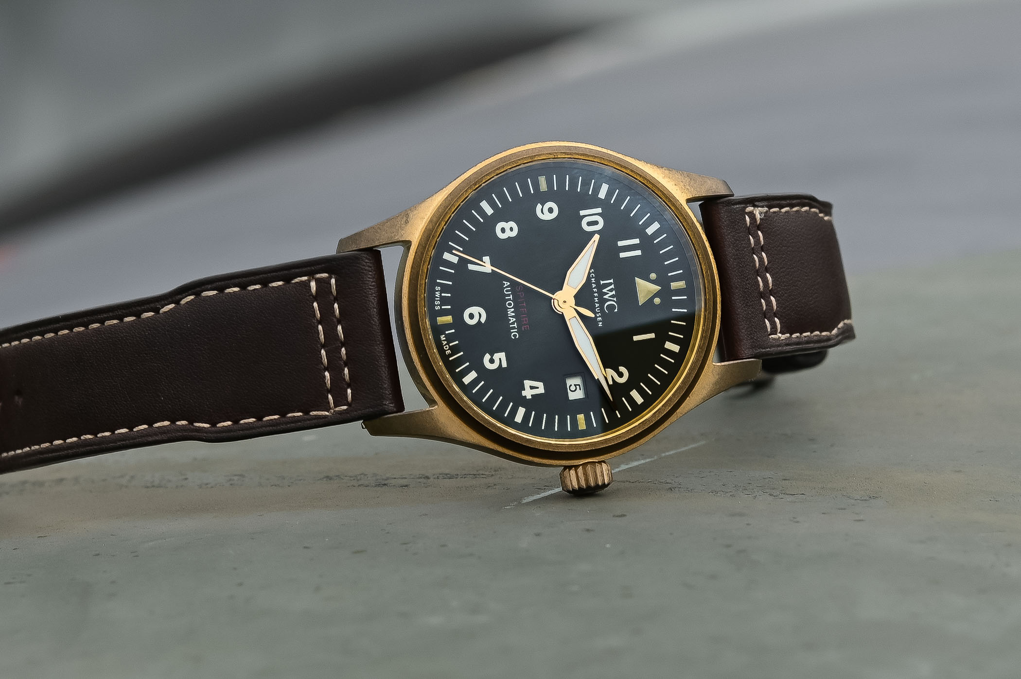 d7aae371008 SIHH 2019 IWC Pilot s Watch Automatic Spitfire Steel or Bronze – Smaller  and with In-House Movements