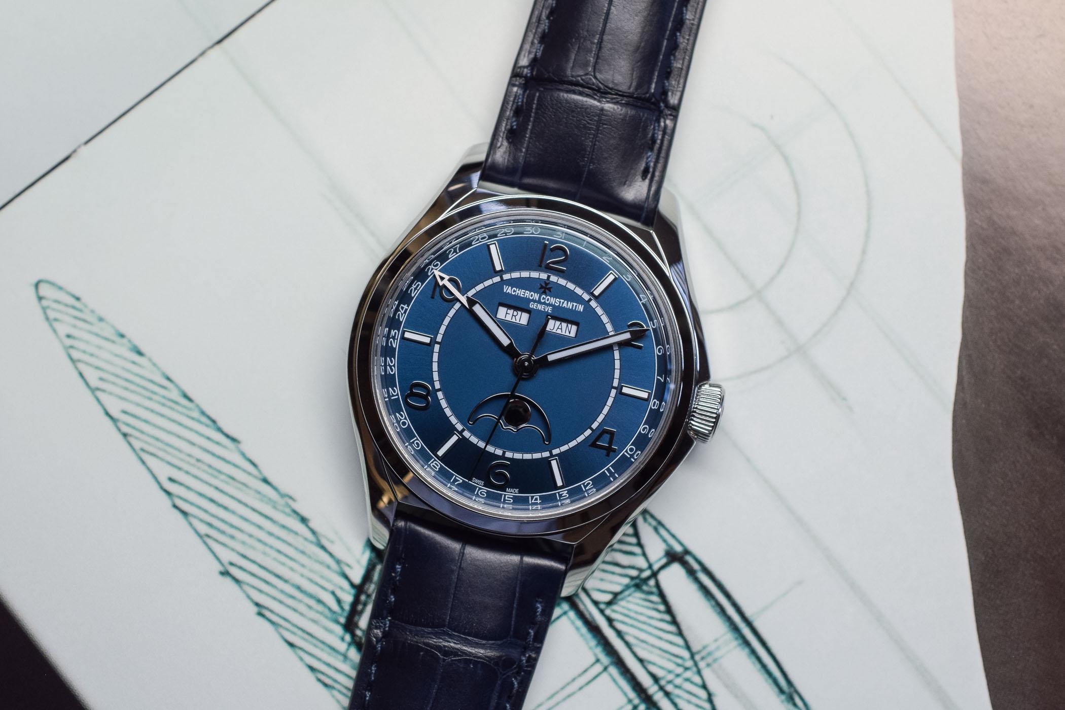 SIHH 2019 - Vacheron Constantin FiftySix Blue Dial - 1