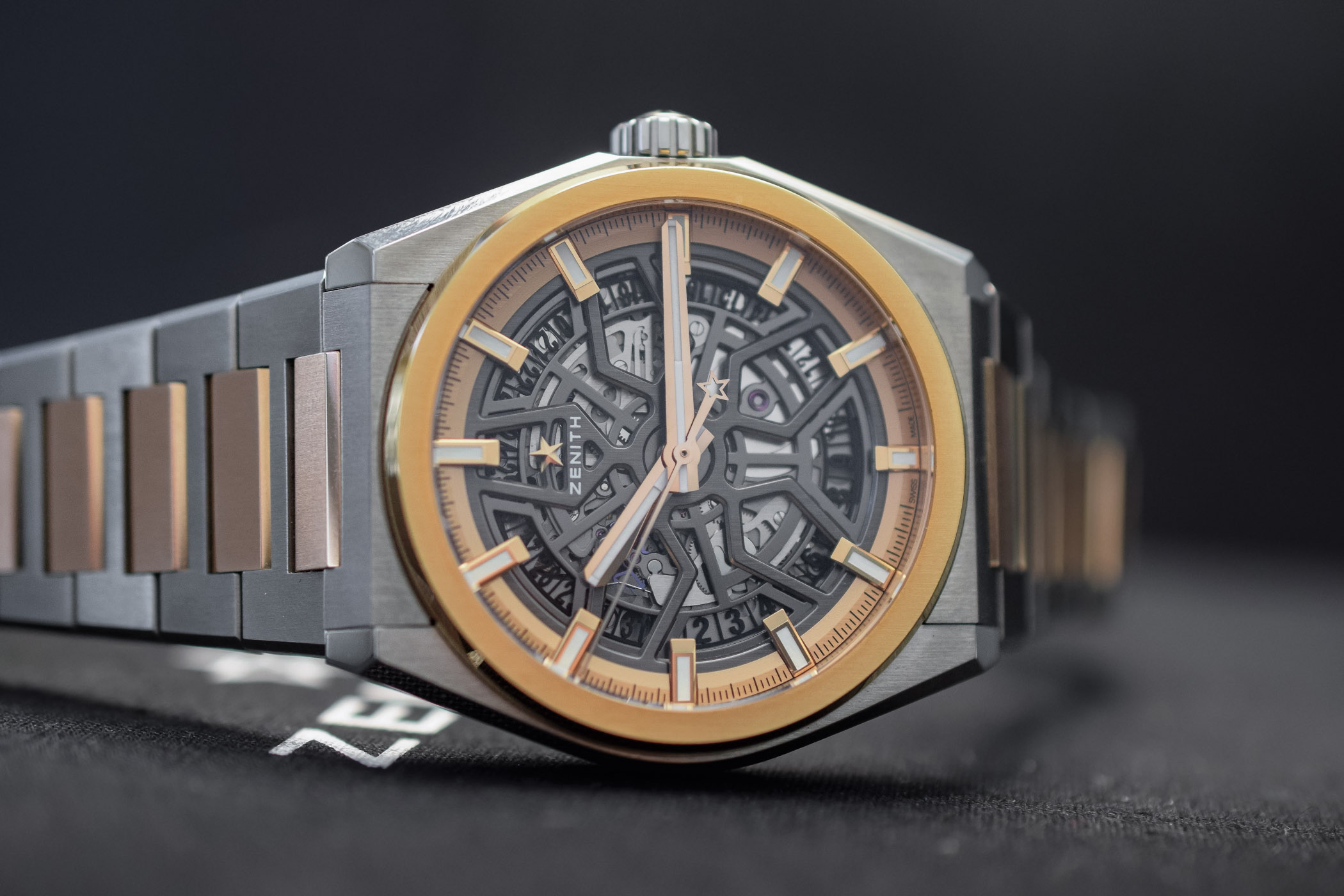 Zenith Defy Classic Skeleton Two-Tone, Titanium and Rose Gold 87.9001.670:79.M9001 - 3