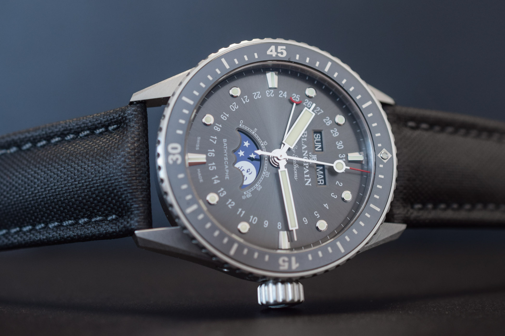 Blancpain Fifty Fathoms Bathyscaphe Quantieme Complet Phase de Lune - review