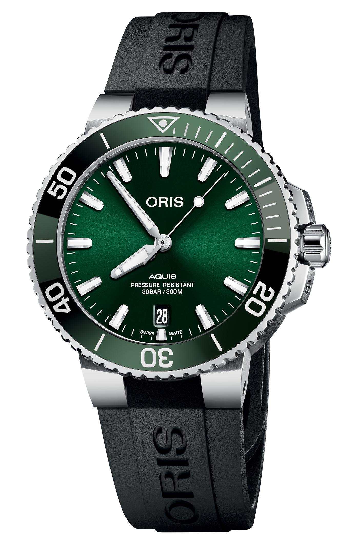 Oris Aquis Date Green Dial 39.5mm
