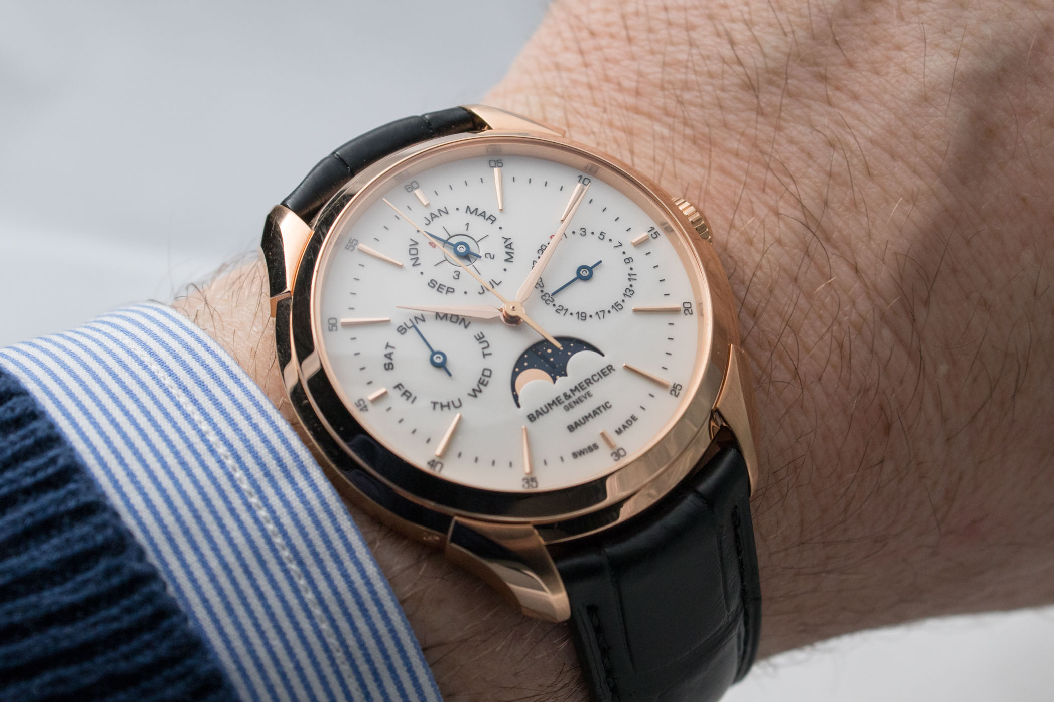 d36c750e7902 Hands-On - Baume   Mercier Clifton Baumatic Perpetual Calendar ...