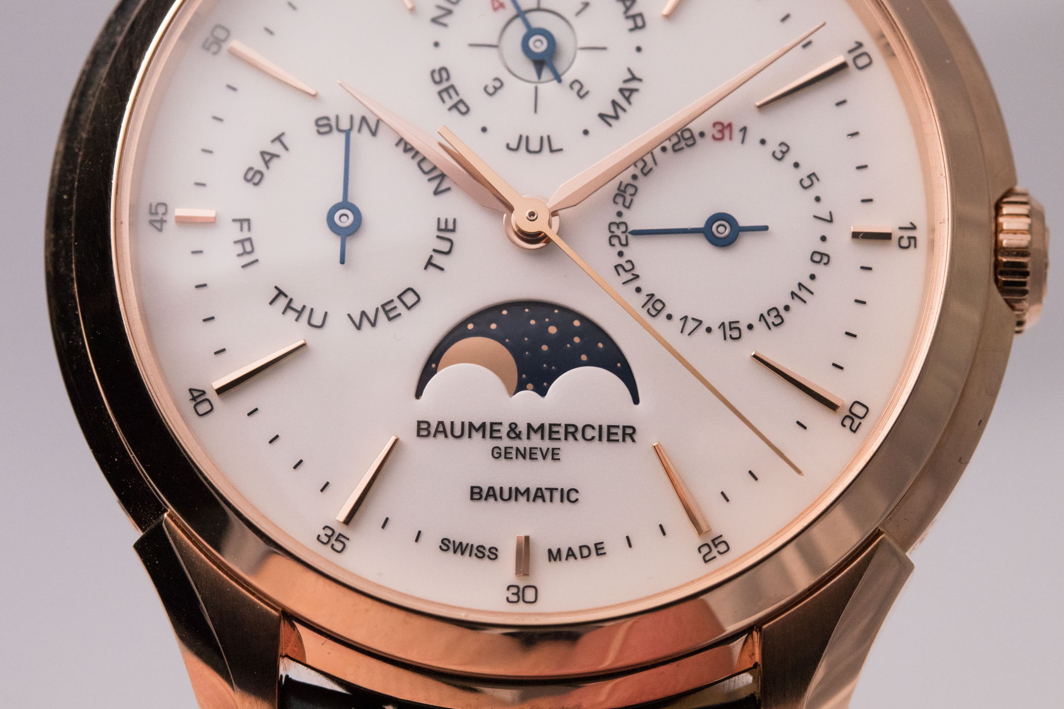 Baume Mercier Clifton Baumatic Perpetual Calendar - Hands-on - 7