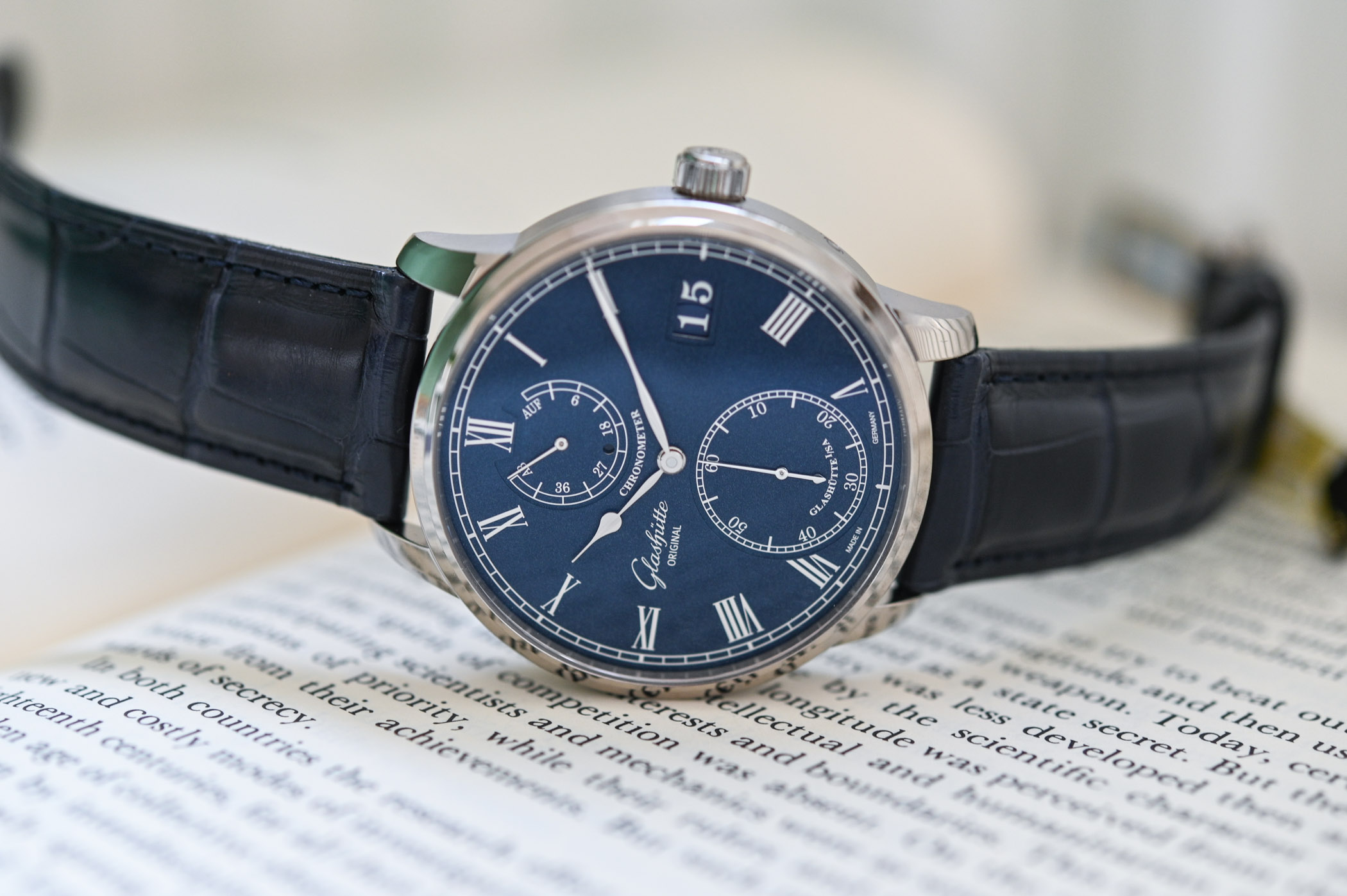 Glashutte Original Senator Chronometer Blue Dial White Gold - Review - 2