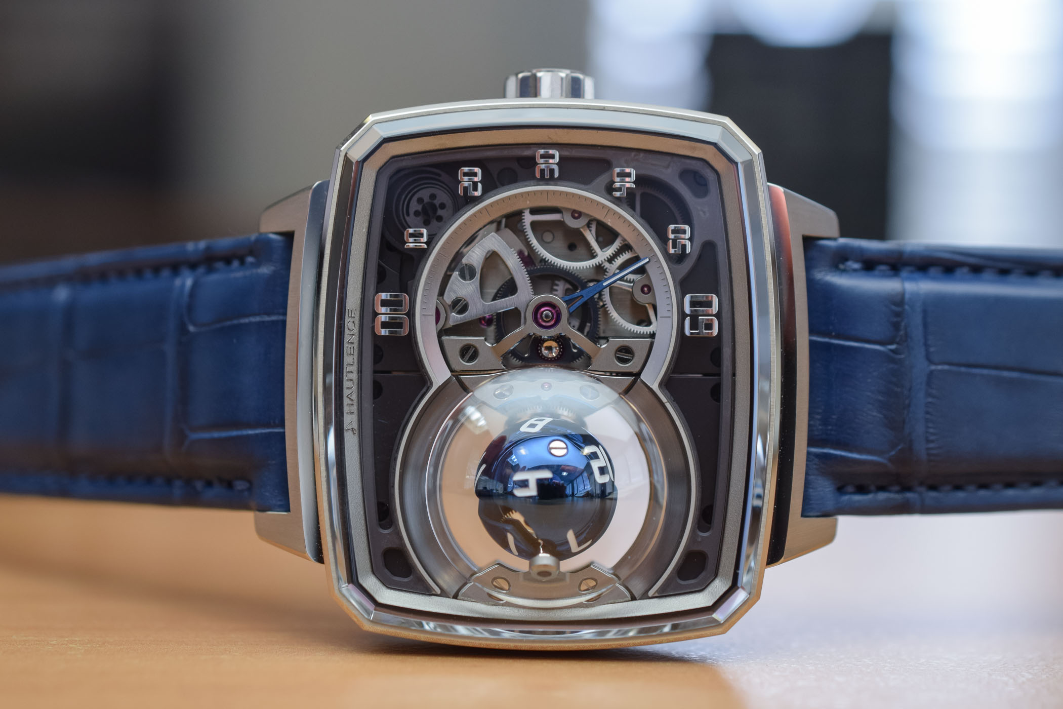 Hautlence HL Sphere 01 - Spherical Hours Display - Baselworld 2019 - 5