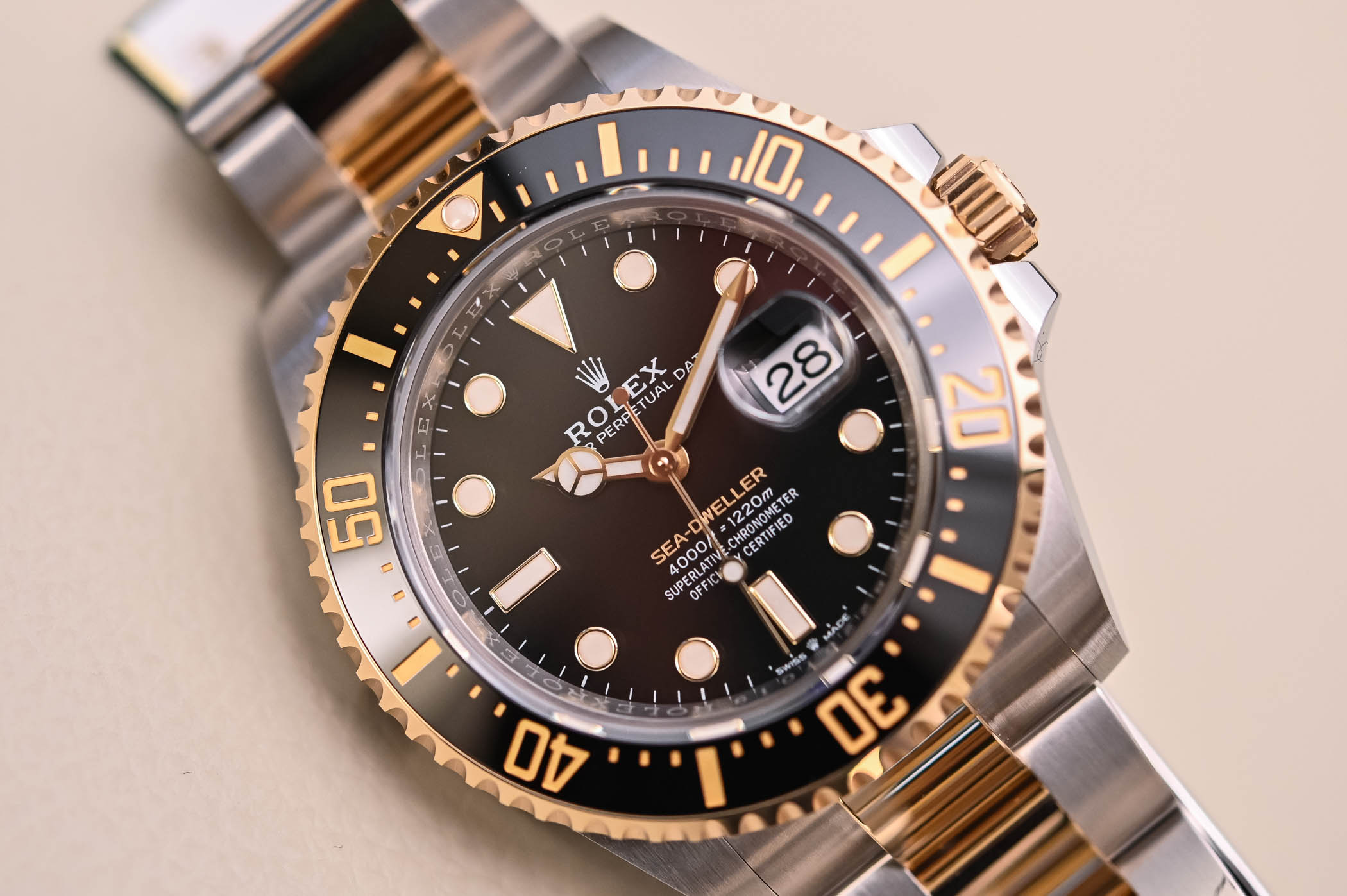 Rolex Sea-Dweller 43mm Rolesor 126603 - 1