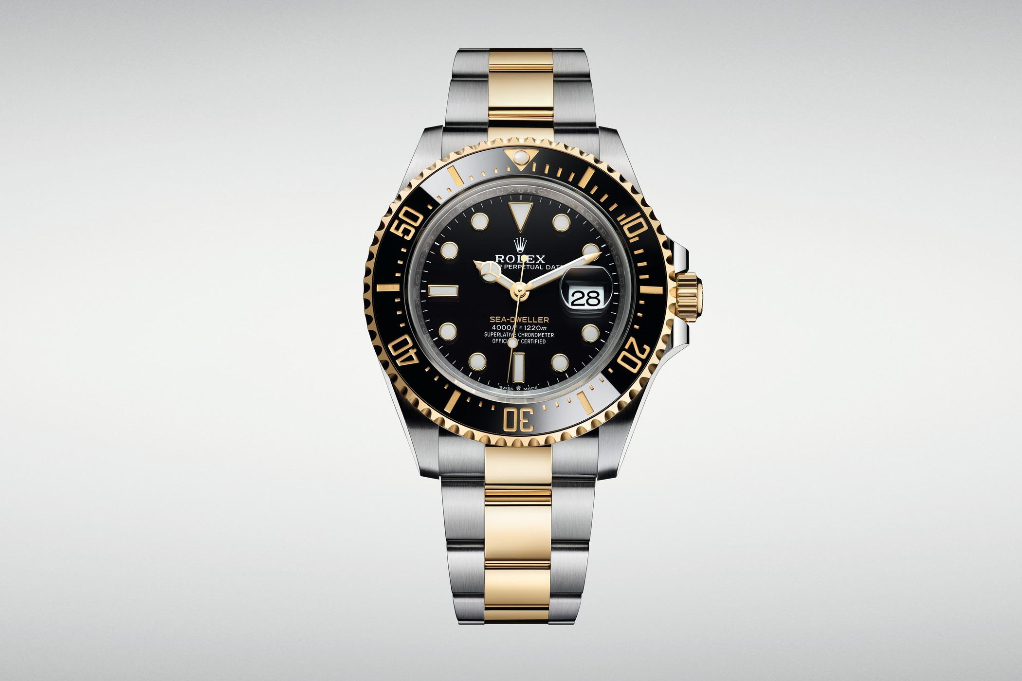 7fa7fc6b309 The large dive watch of Rolex gets a surprising two-tone touch, with yellow  gold accents.