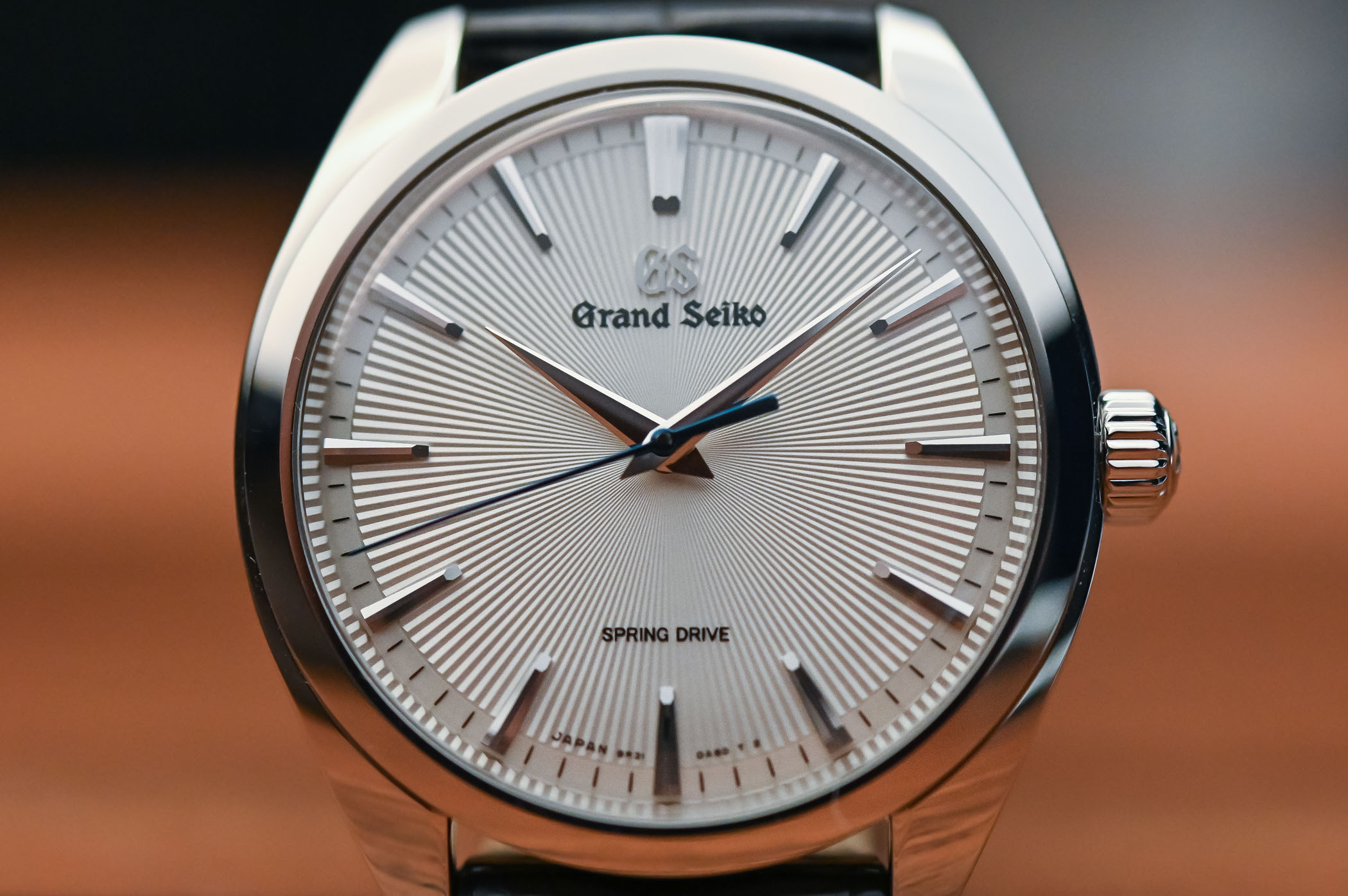 Grand Seiko Hand-Wound Spring Drive Collection - SBGY002 SBGY003 SBGZ002 SBGZ003 - 12