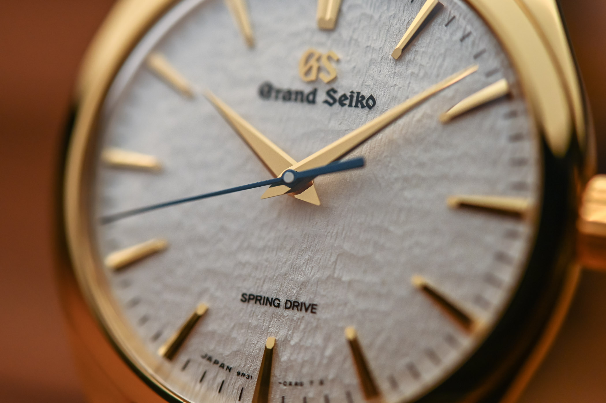 Grand Seiko Hand-Wound Spring Drive Collection - SBGY002 SBGY003 SBGZ002 SBGZ003 - 3