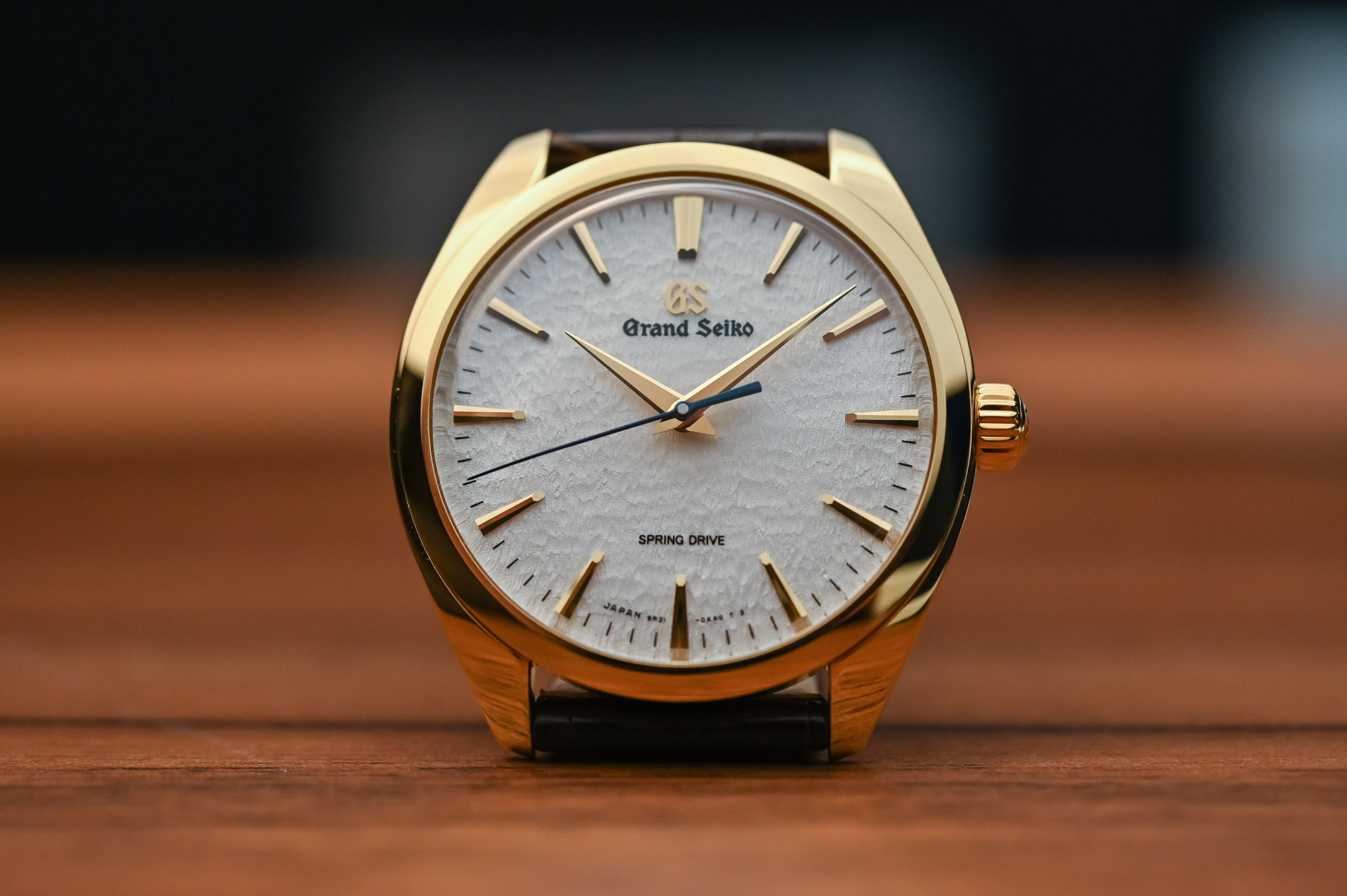 Grand Seiko Hand-Wound Spring Drive Collection - SBGY002 SBGY003 SBGZ002 SBGZ003 - 4