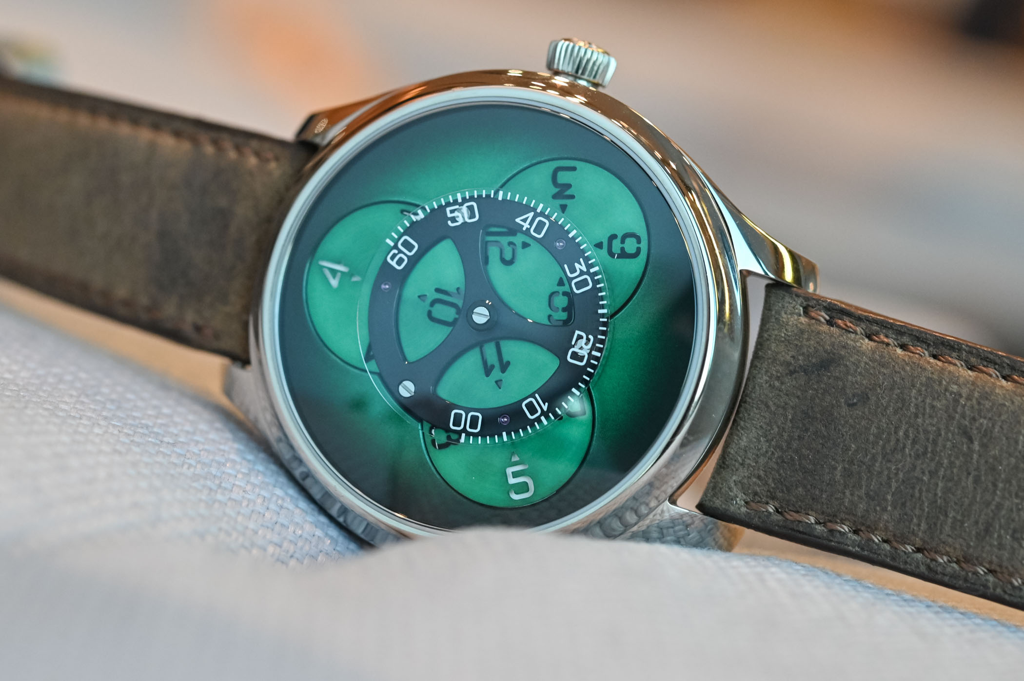 H Moser Cie Endeavour Flying Hours SuperLuminova Blue and Cosmic Green - 12