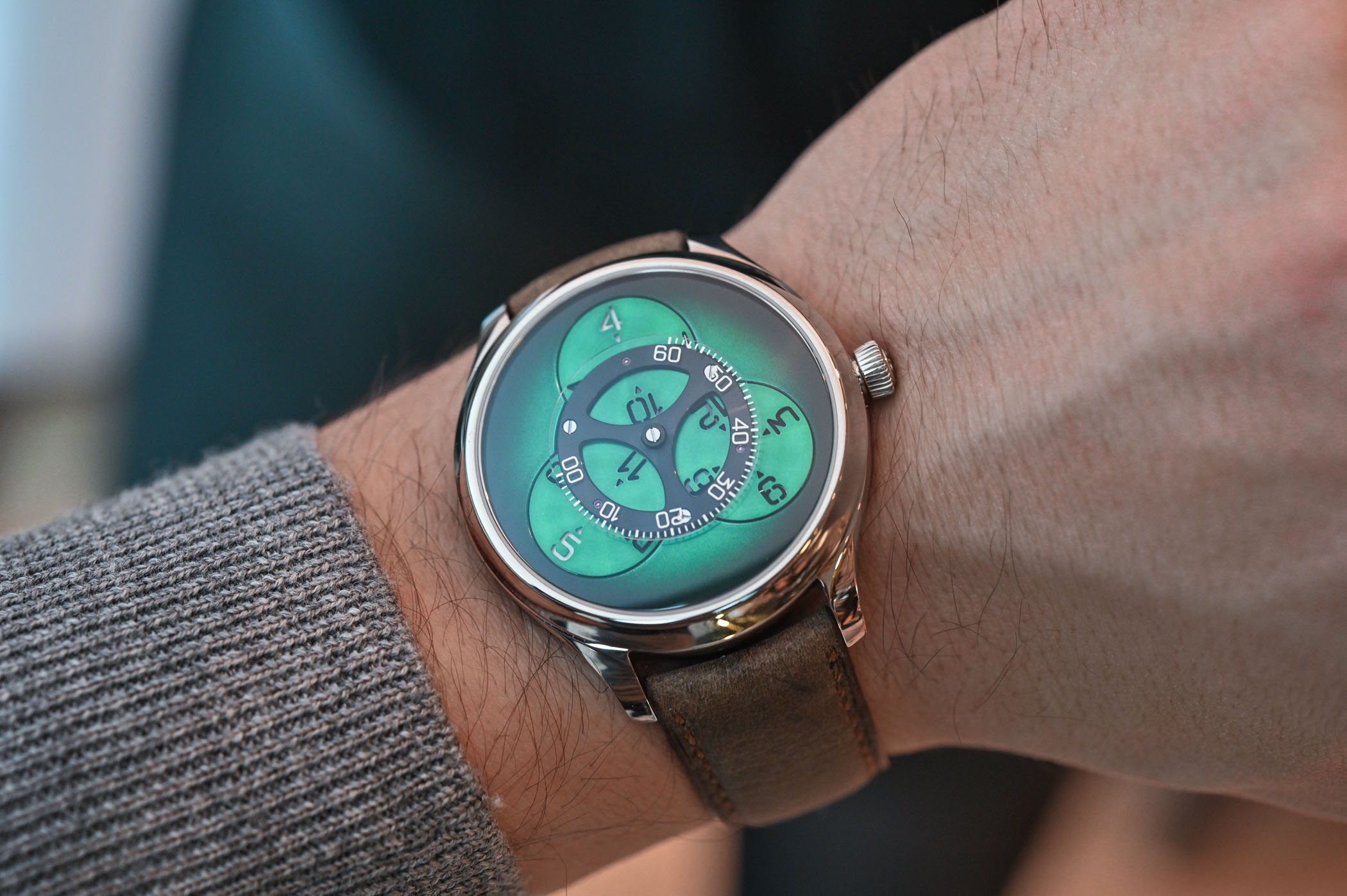 H Moser Cie Endeavour Flying Hours SuperLuminova Blue and Cosmic Green - 7