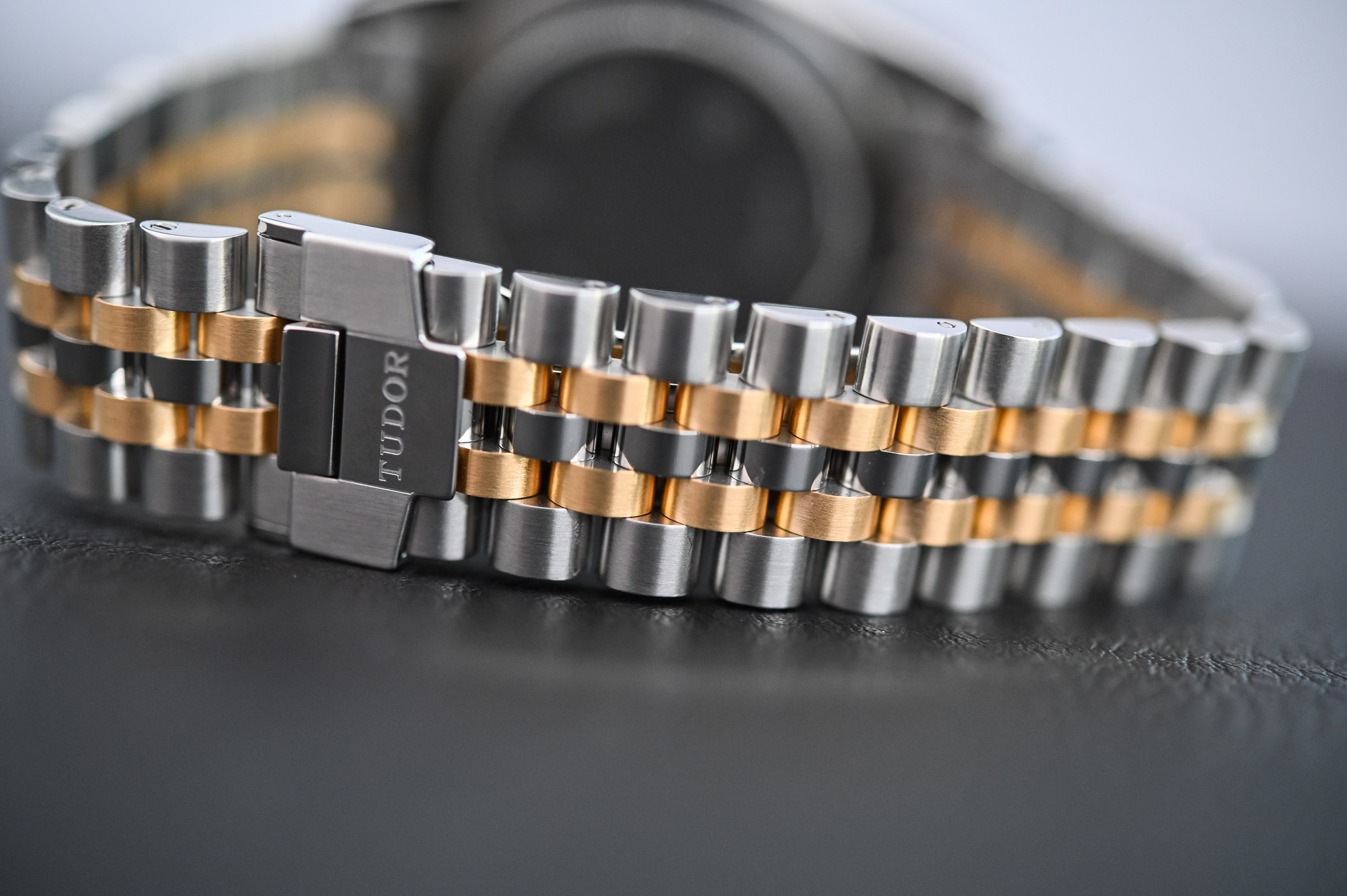 Tudor Black Bay 36 Steel-and-gold Jubilee - 3