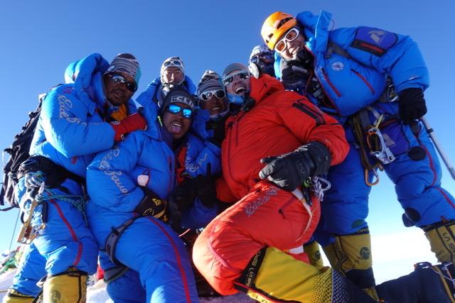 Favre Leuba Bivouac 9000 Adrian Ballinger Summit Mount Everest auction antiquorum - 12