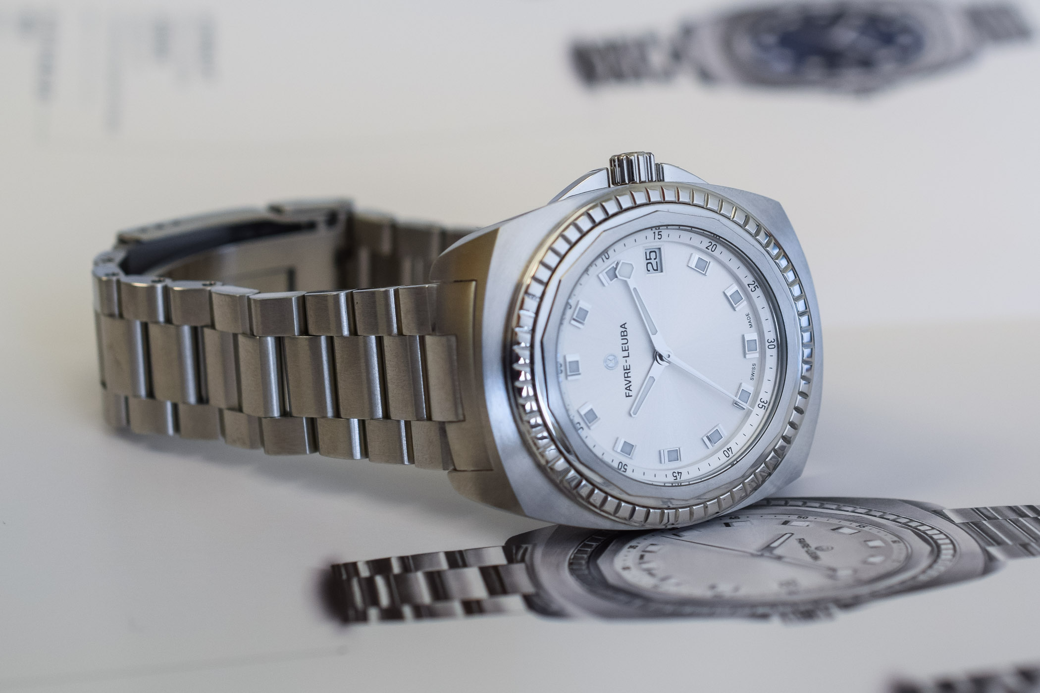 Favre-Leuba Raider Sea Bird 37mm Automatic Ladies - 7