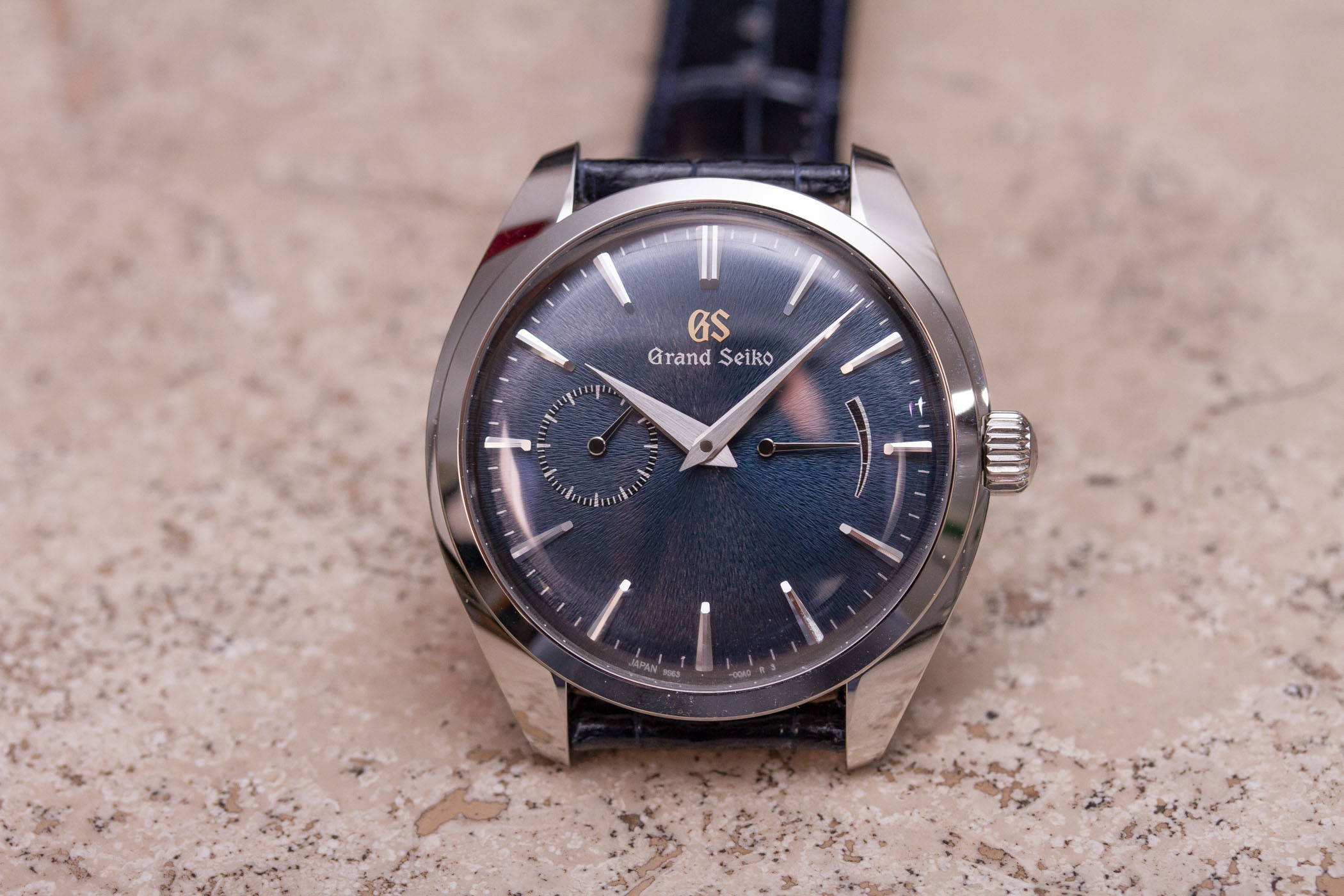 the best attitude dc345 fcac3 Review - Grand Seiko Elegance Limited Edition Steel SBGK005G ...
