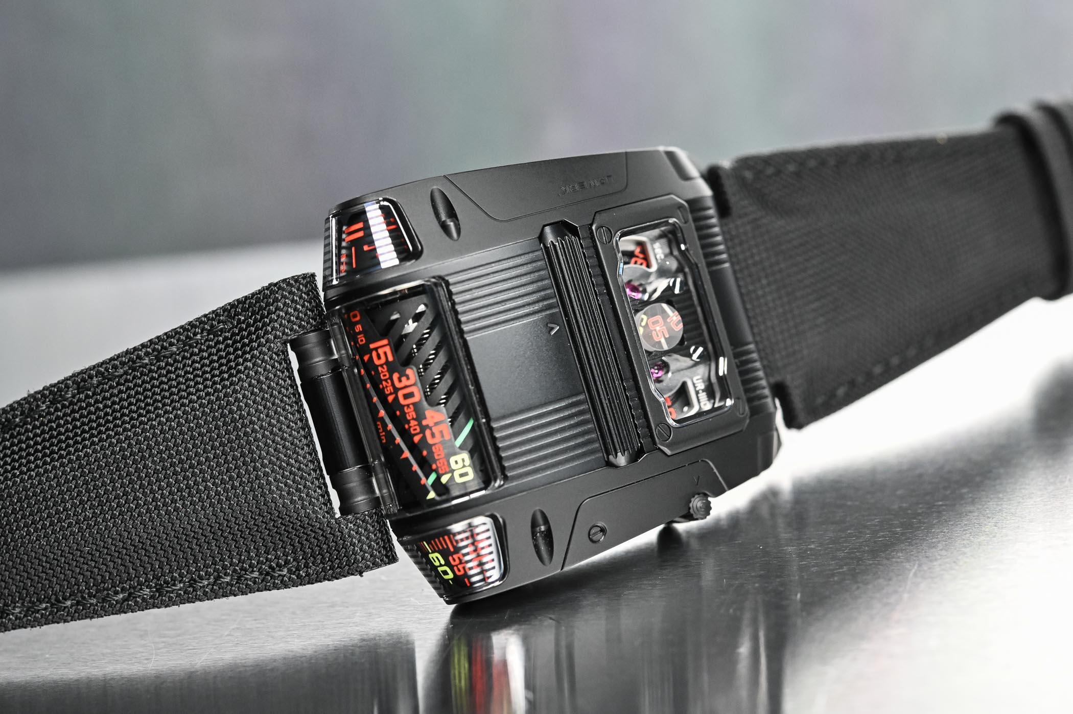 Urwerk UR-111C Black Cobra - 9