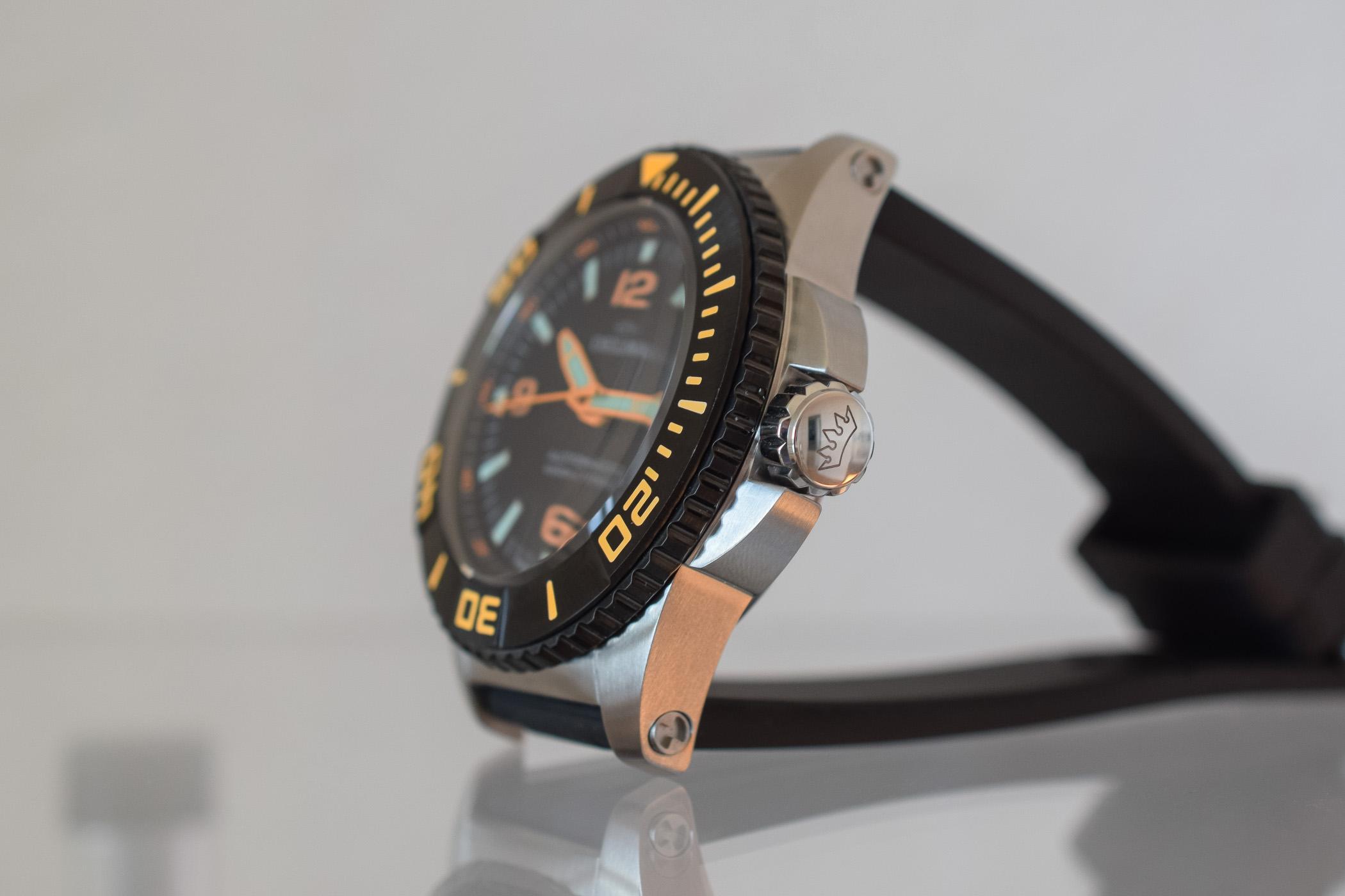 Delma Blue Shark III 4000m Deep Dive