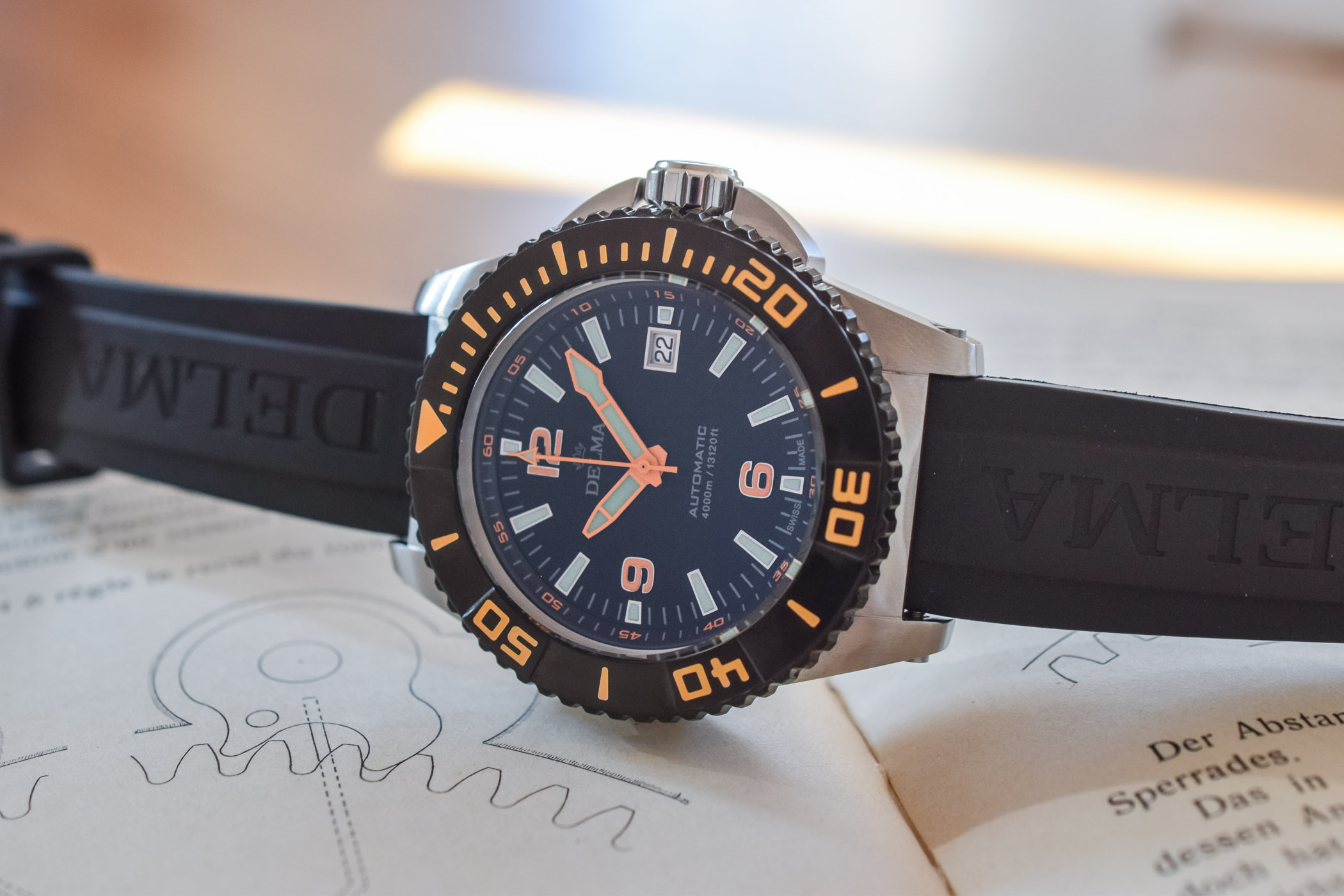 Delma Blue Shark III 4000m Deep Dive
