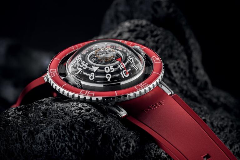 Introducing - MB&F HM7 Aquapod Platinum Red (Specs & Price)