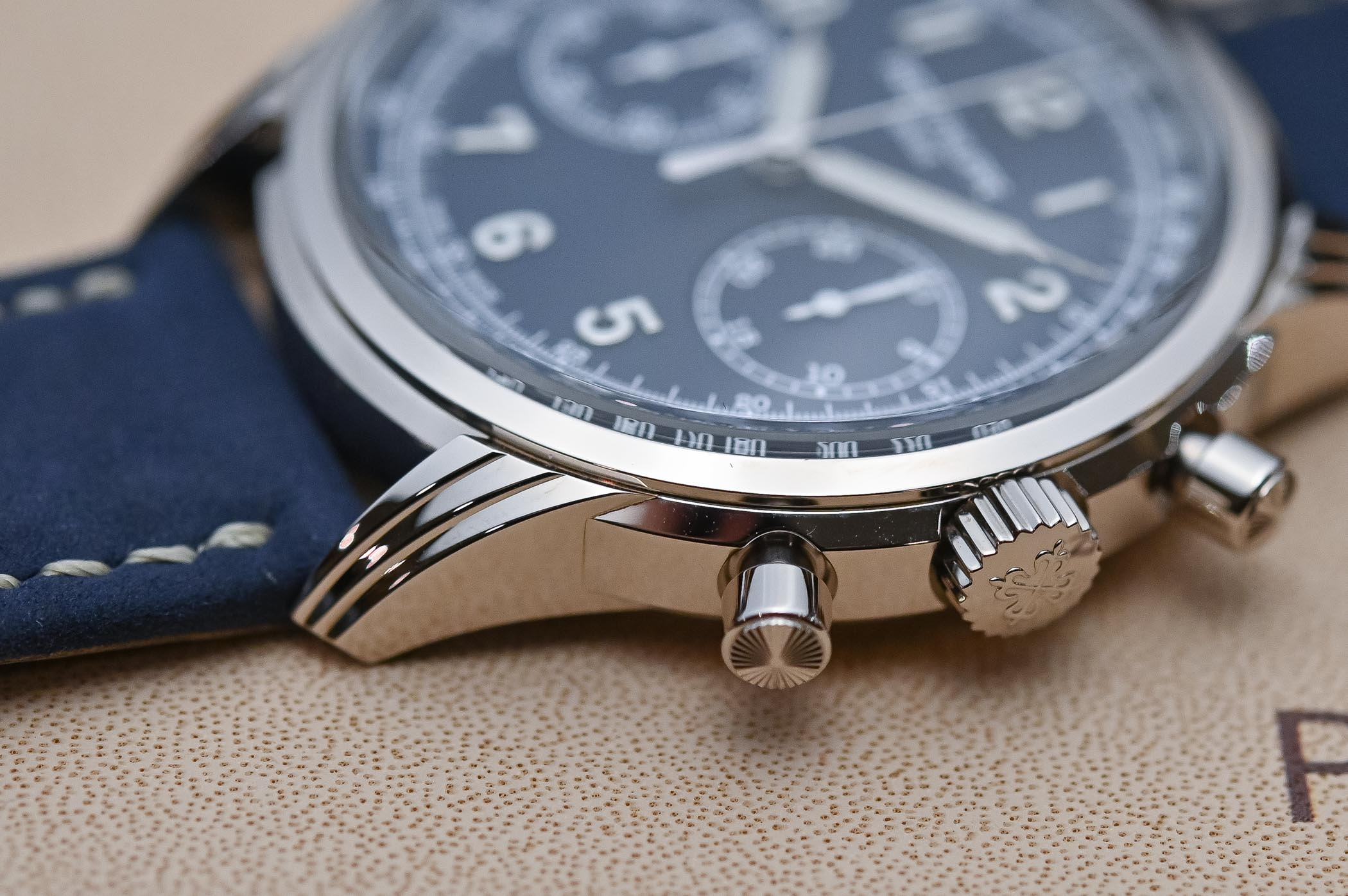 The Battle of High-End Chronographs Part 1 – Patek Philippe 5172G