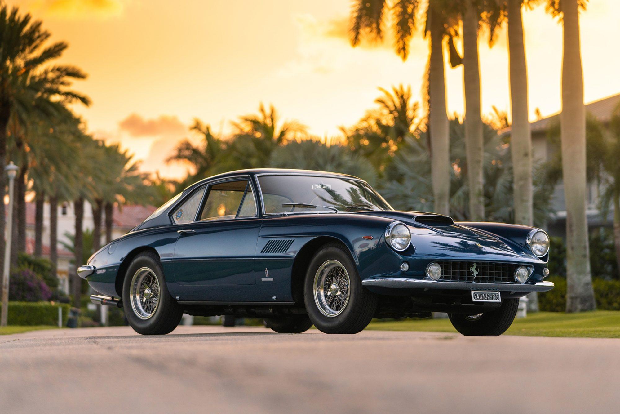 1962_Ferrari_400_Superamerica_Series_I_Coupe_Aerodinamico_03-2000x1335