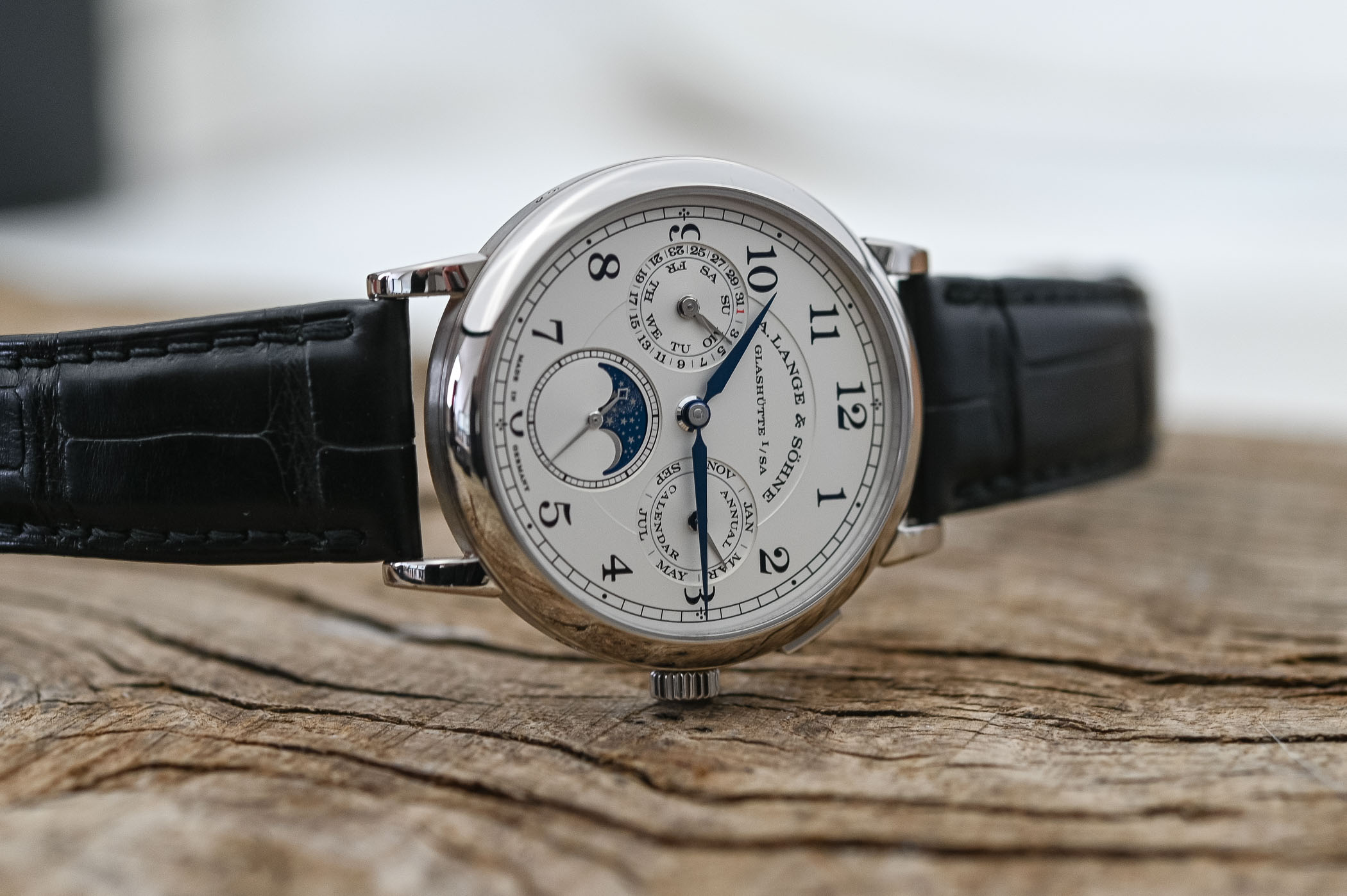 A. Lange & Sohne 1815 Annual Calendar - Battle of High-End Annual Calendar Watches