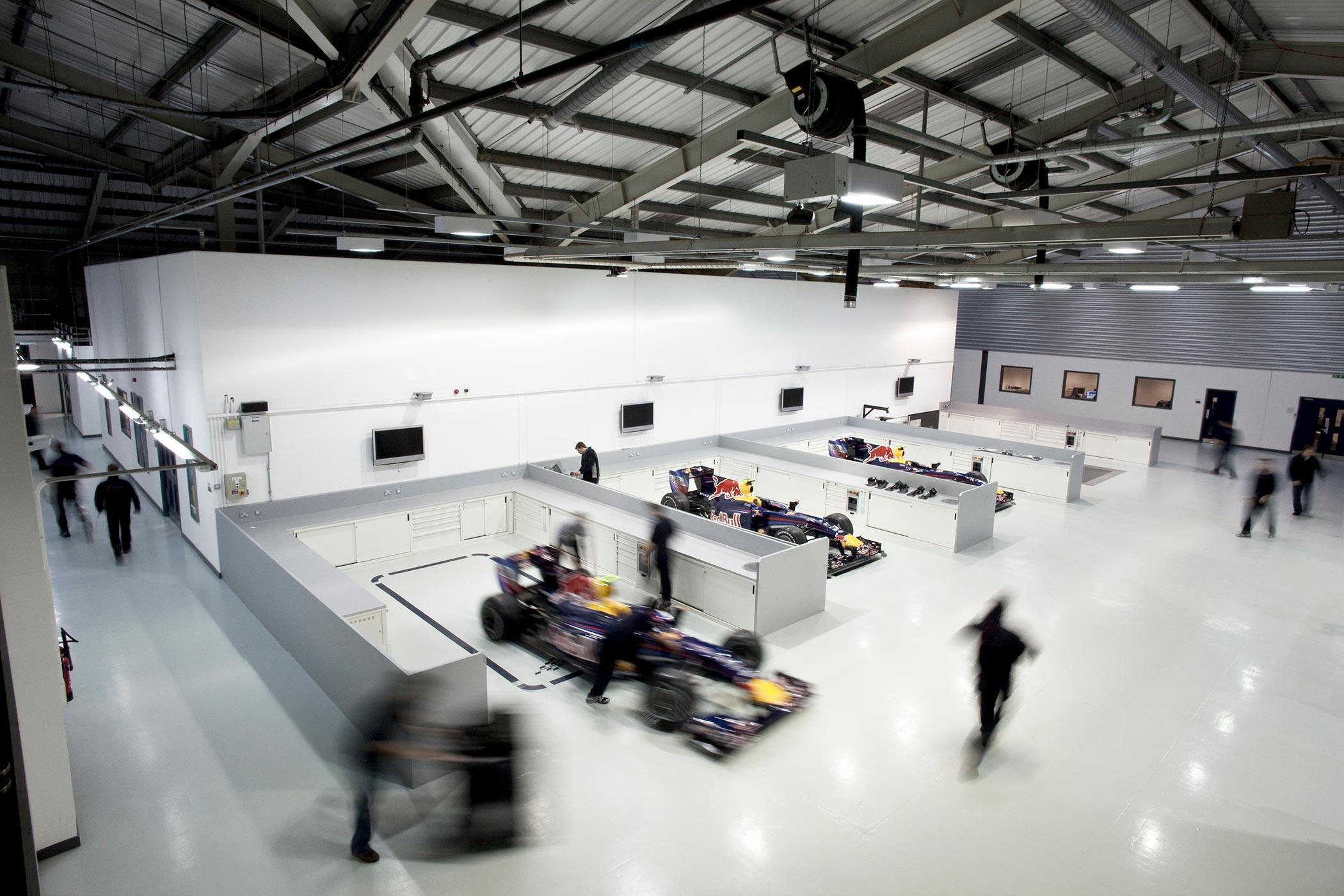 Aston Martin Red Bull Racing Production Milton Keynes (11)