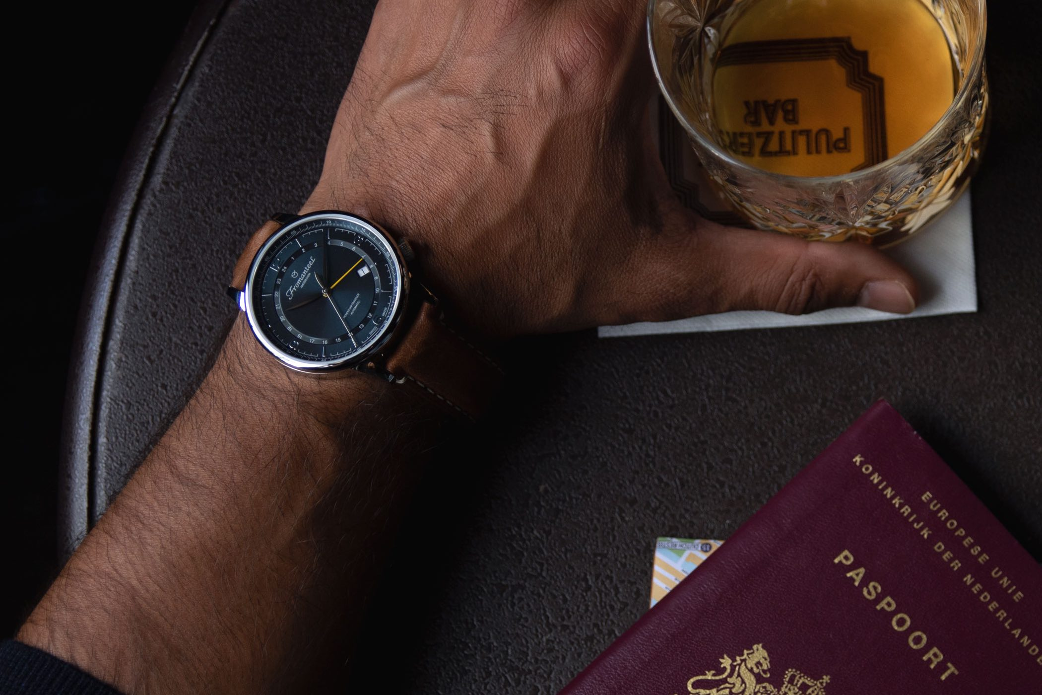Fromanteel Pendulum Traveler Night Flight