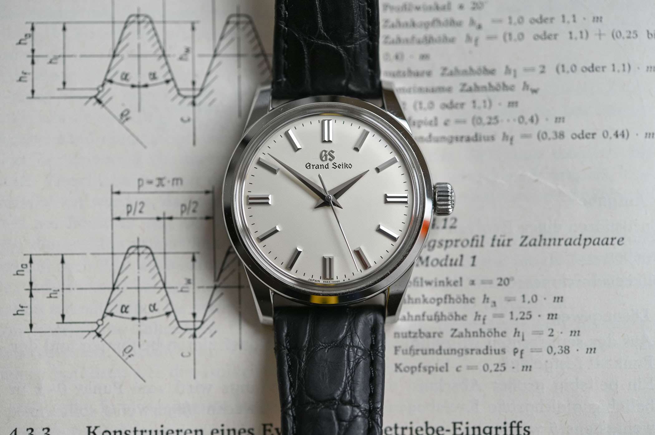 Grand Seiko Manual 37mm SBGW231