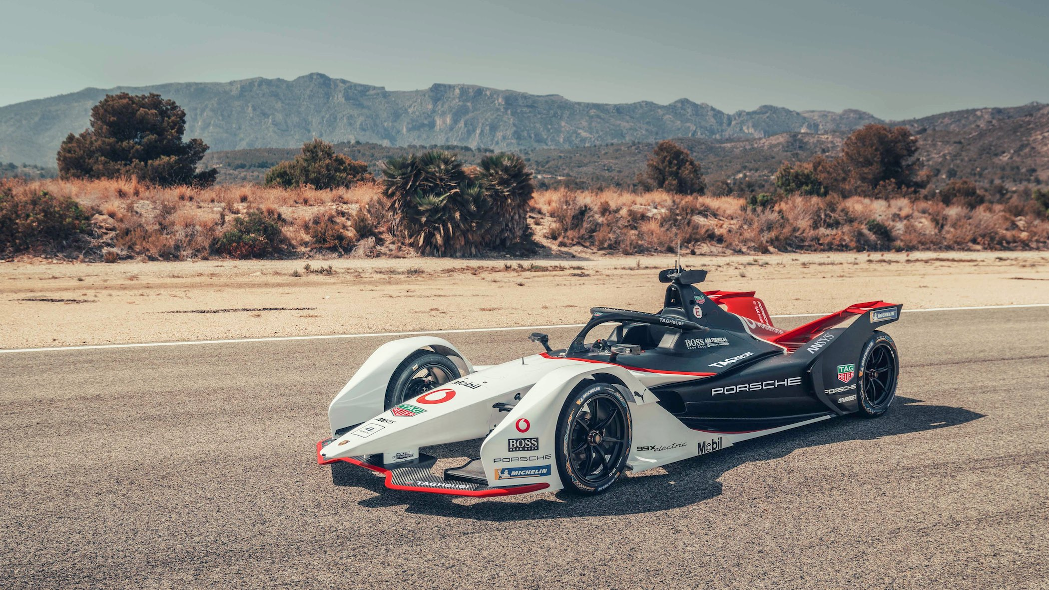 Porsche 99X Electric Formula E - TAG Heuer - The PetrolHead Corner - 3