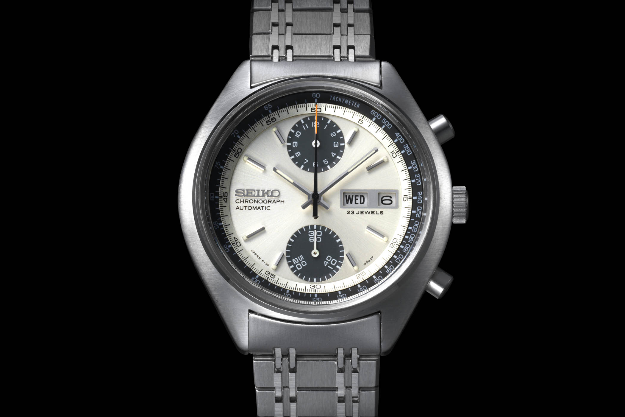 1969 Seiko Panda Chronograph Calibre 6139 - Seiko's first automatic chronograph