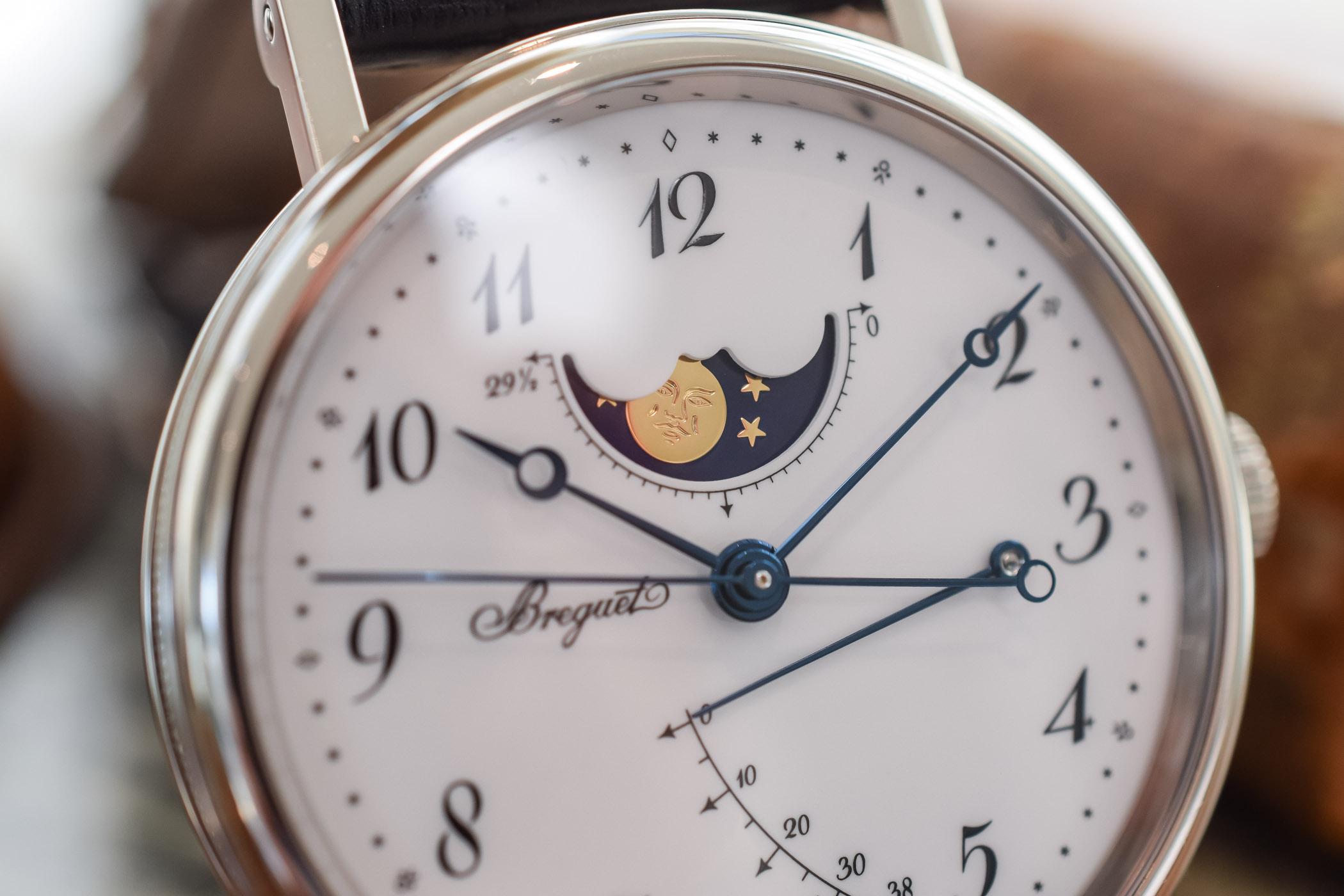 Breguet Classique 7787 MoonPhase Grand Feu Enamel Dial - 7787BB:29:9V6 - review - 9