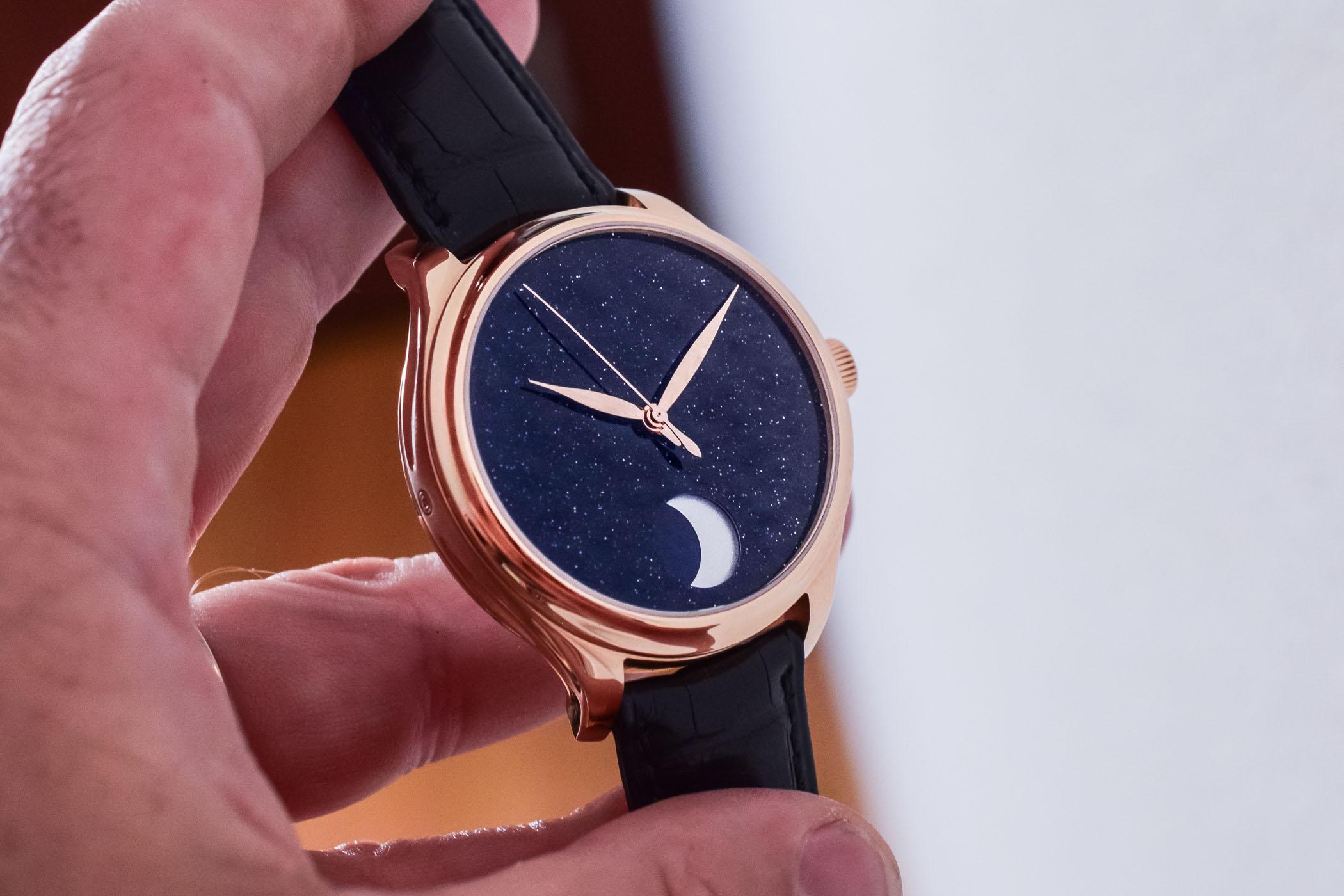 H. Moser Cie Endeavour Perpetual Moon Concept Aventurine - Hands-On - 3