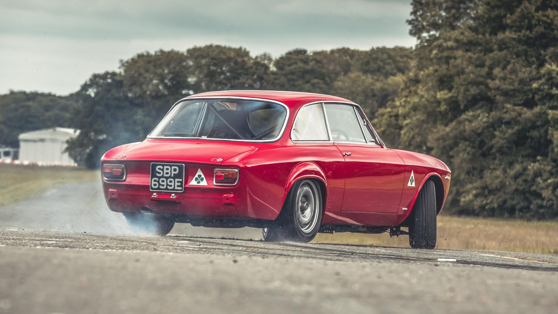 alfaholics GTA-R 290 Top Gear - 2