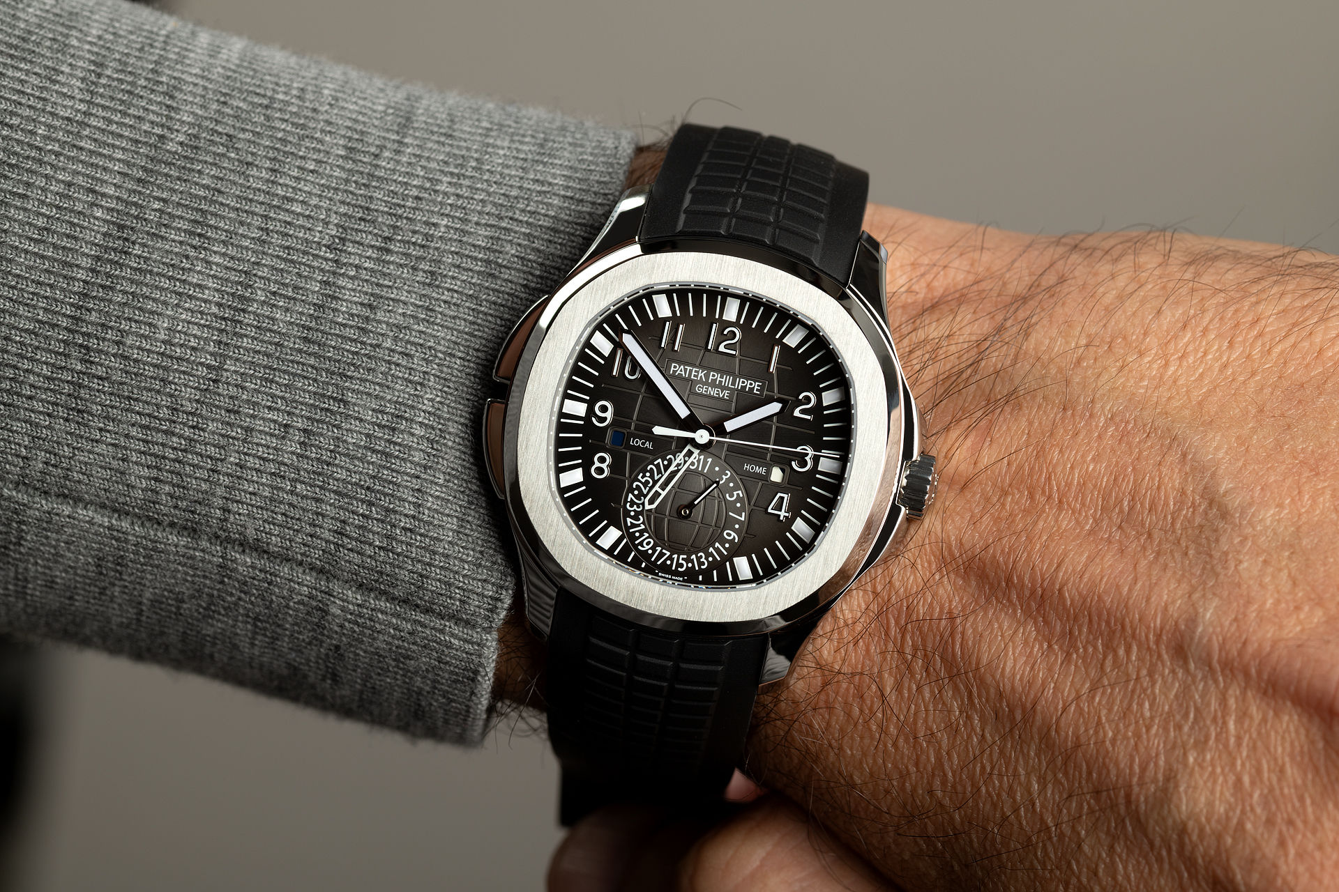 Patek Philippe Aquanaut Travel Time 5164A steel - 4