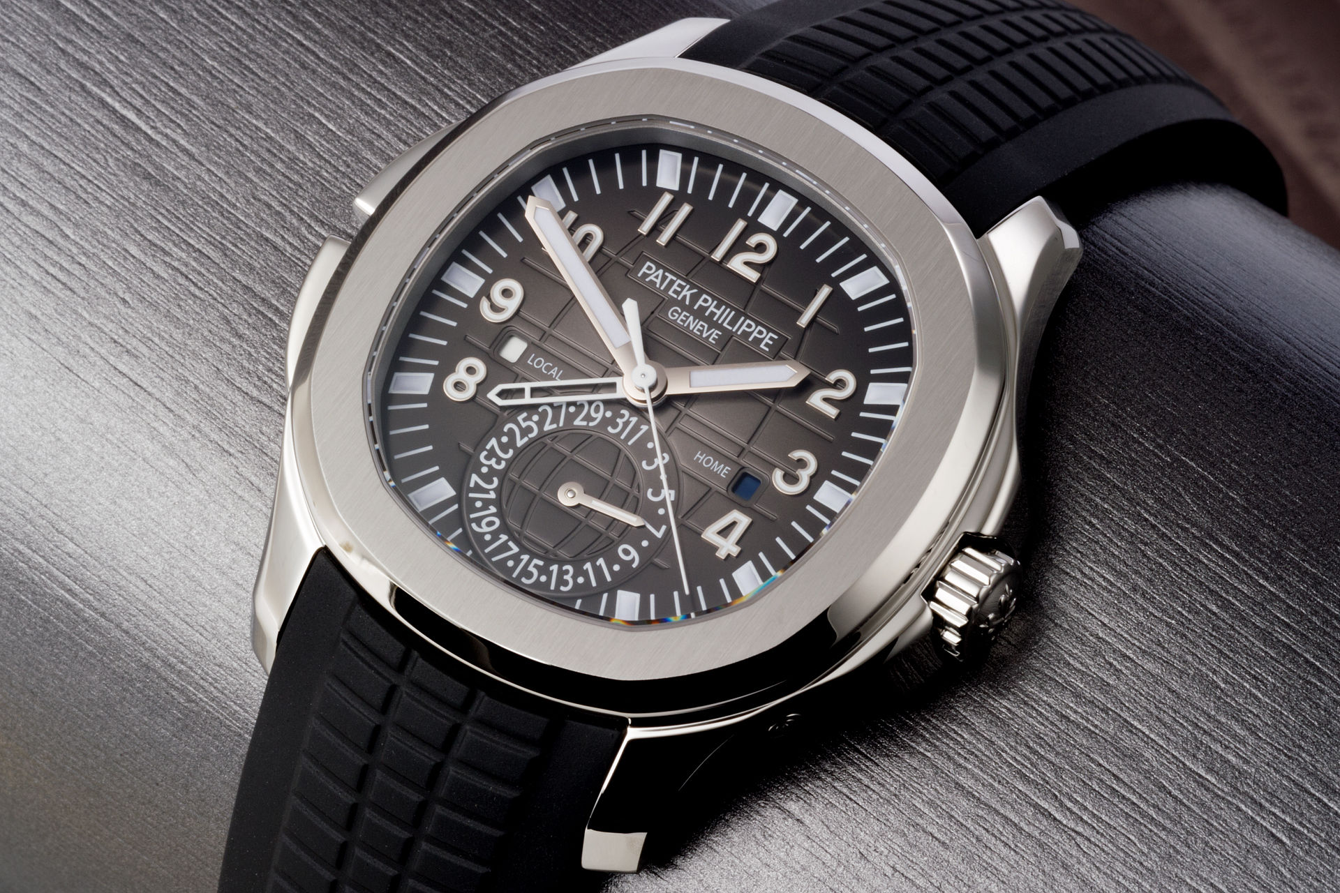 Patek Philippe Aquanaut Travel Time 5164A steel - 5