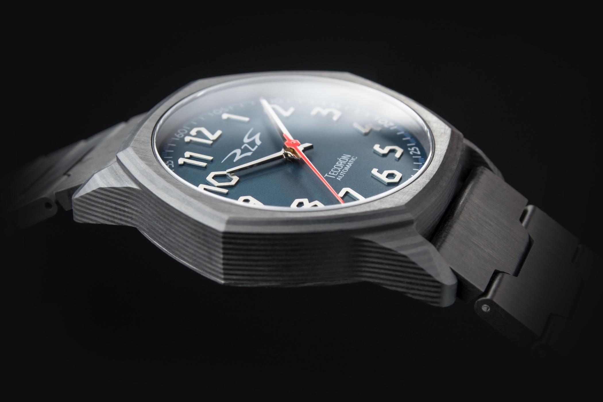 RzR Tecoron Carbon Fibre Watch Kickstarter