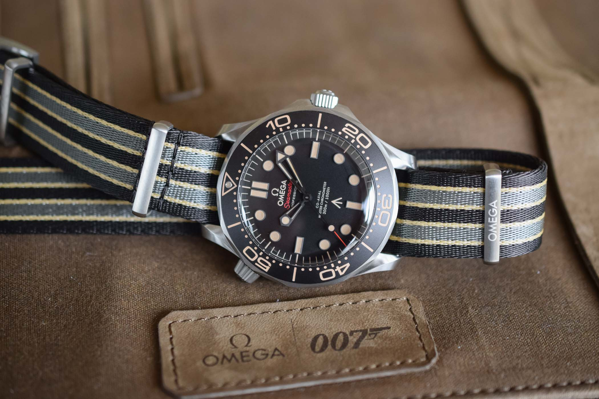 Omega Seamaster Diver 300M 007 Edition 210.92.42.20.01.001