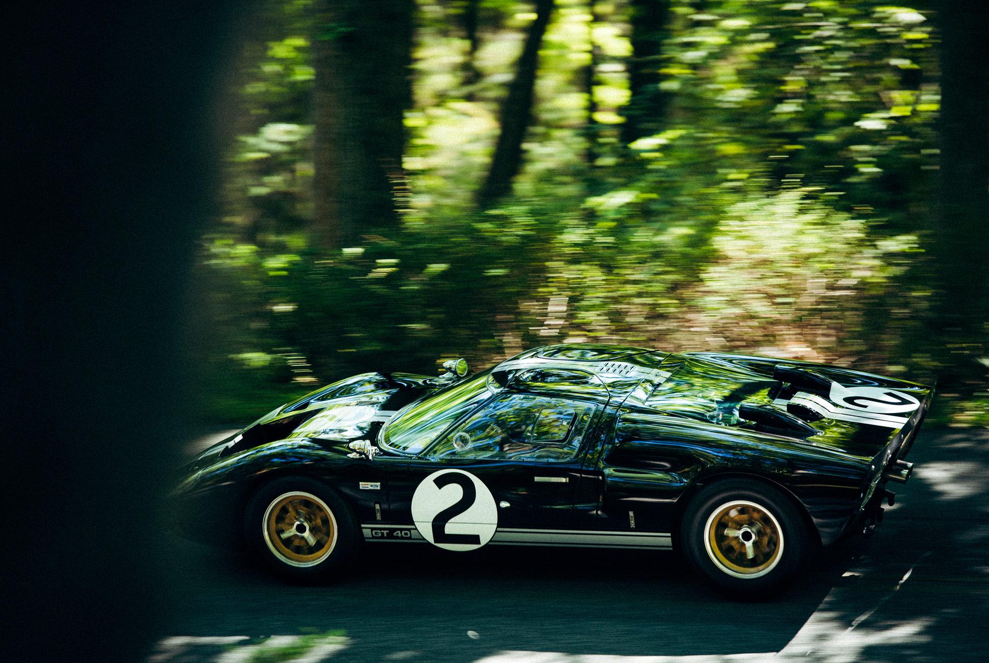 Superformace-GT40-Gear-Patrol-Slide-2